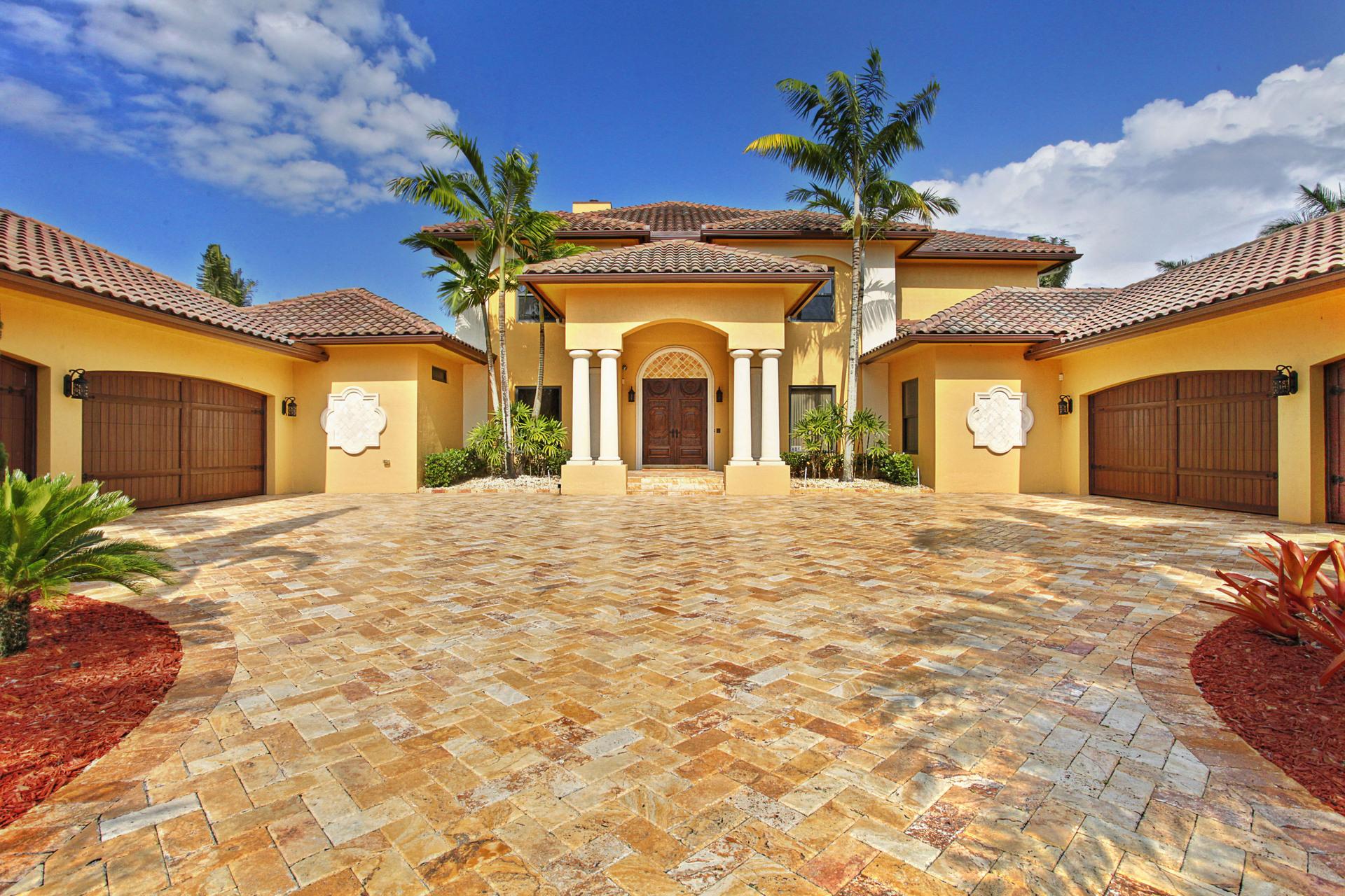 Casa Unifamiliar por un Venta en 4052 E Ridgeview Dr Davie, Florida, 33330 Estados Unidos