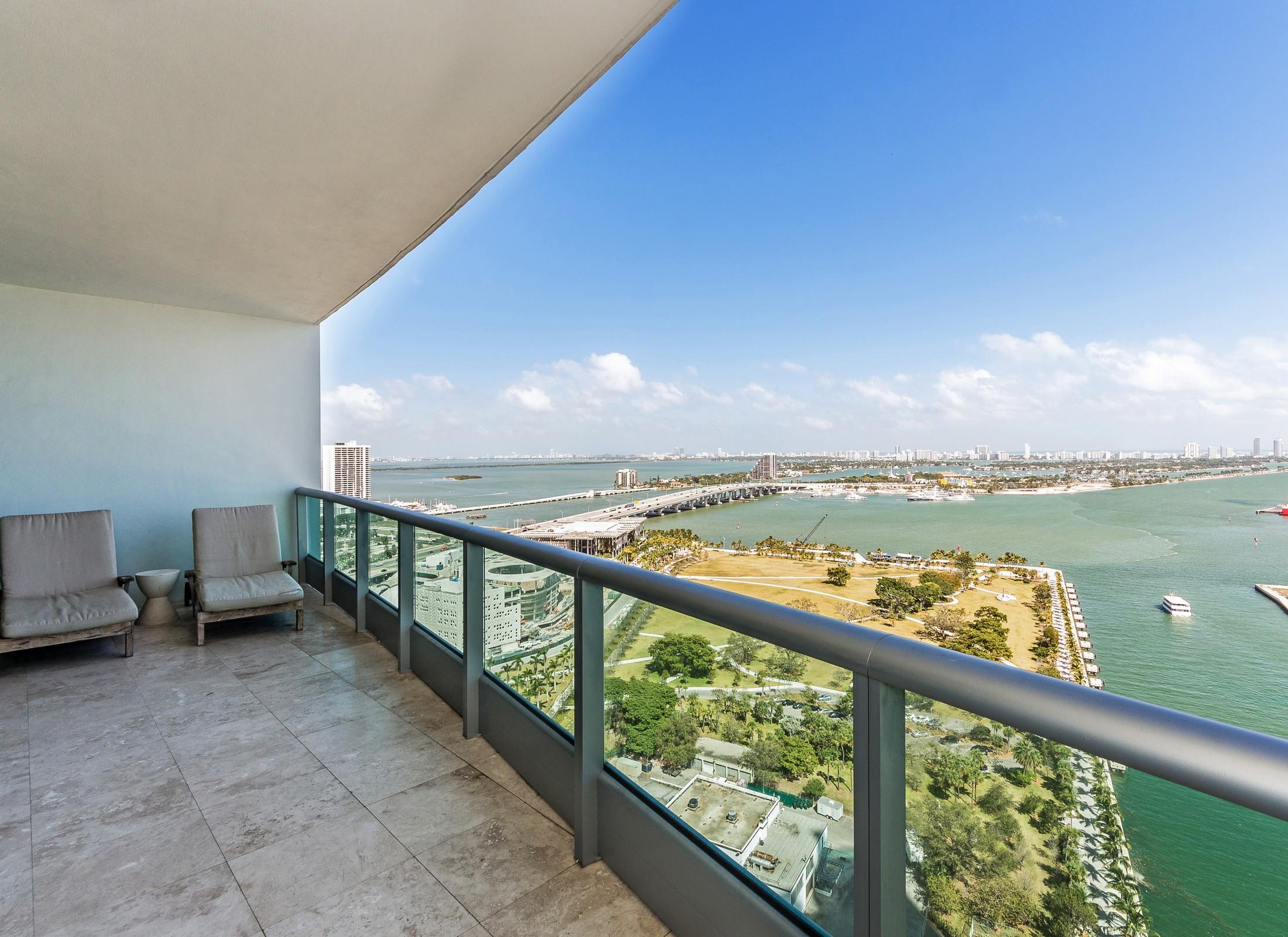 콘도미니엄 용 매매 에 900 Biscayne Blvd 2903 Miami, 플로리다, 33132 미국