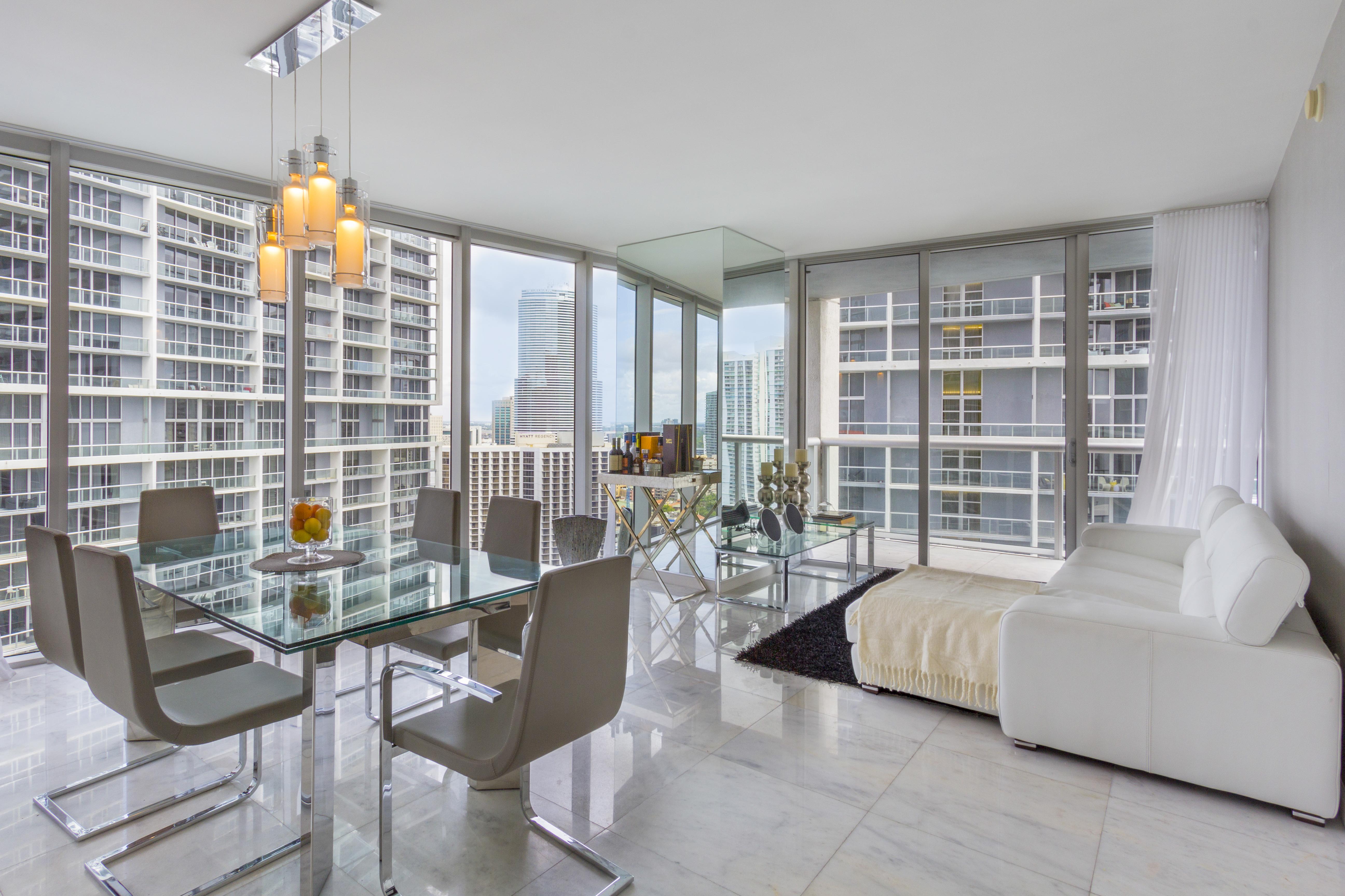 Condominium for Sale at 495 Brickell Ave # 2810 495 Brickell Ave 2810 Miami, Florida, 33131 United States