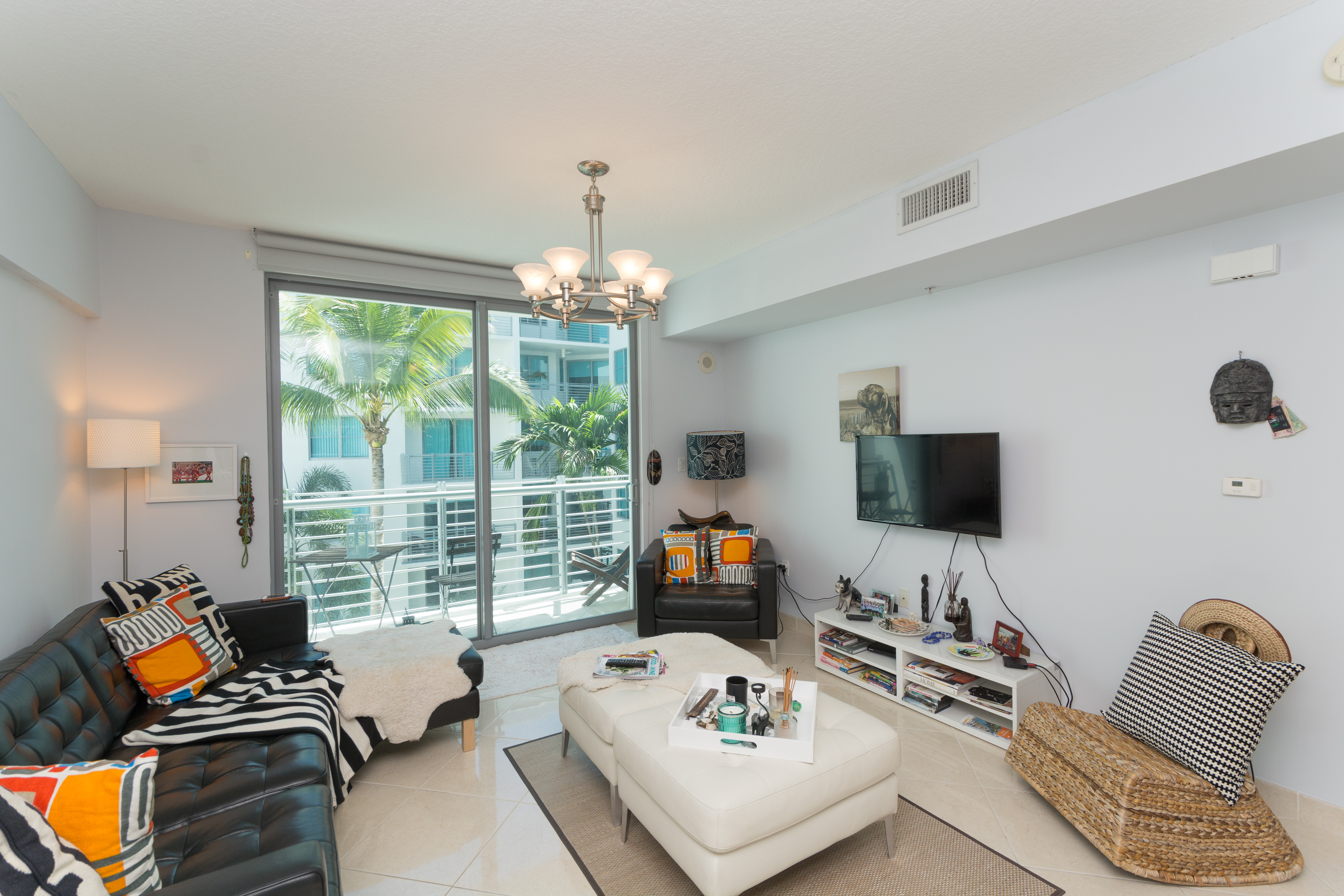 for Sale at 110 Washington Ave #1618 110 Washington Ave 1618 Miami Beach, Florida, 33139 United States
