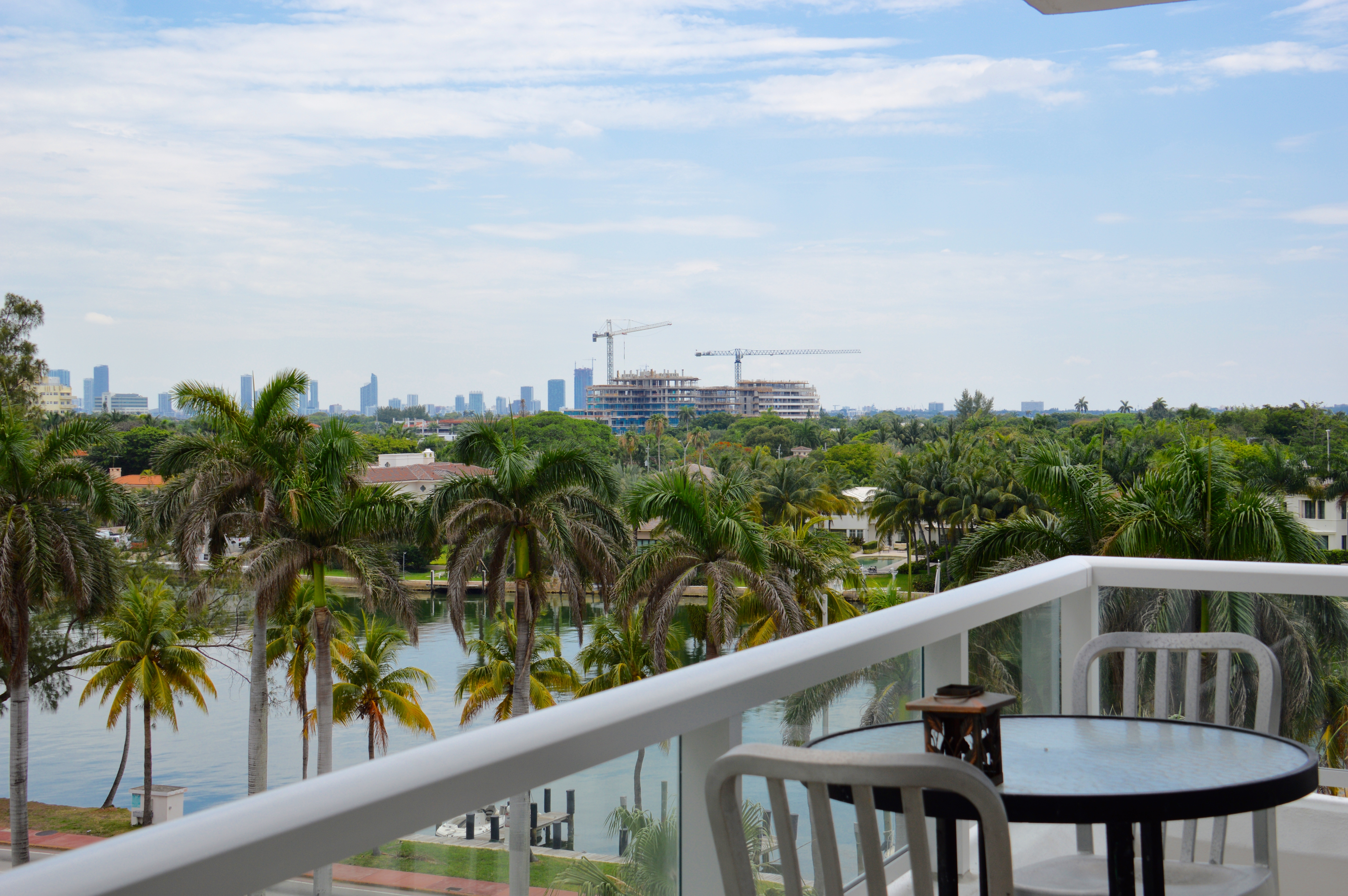 rentals property at 5005 Collins Ave # 608