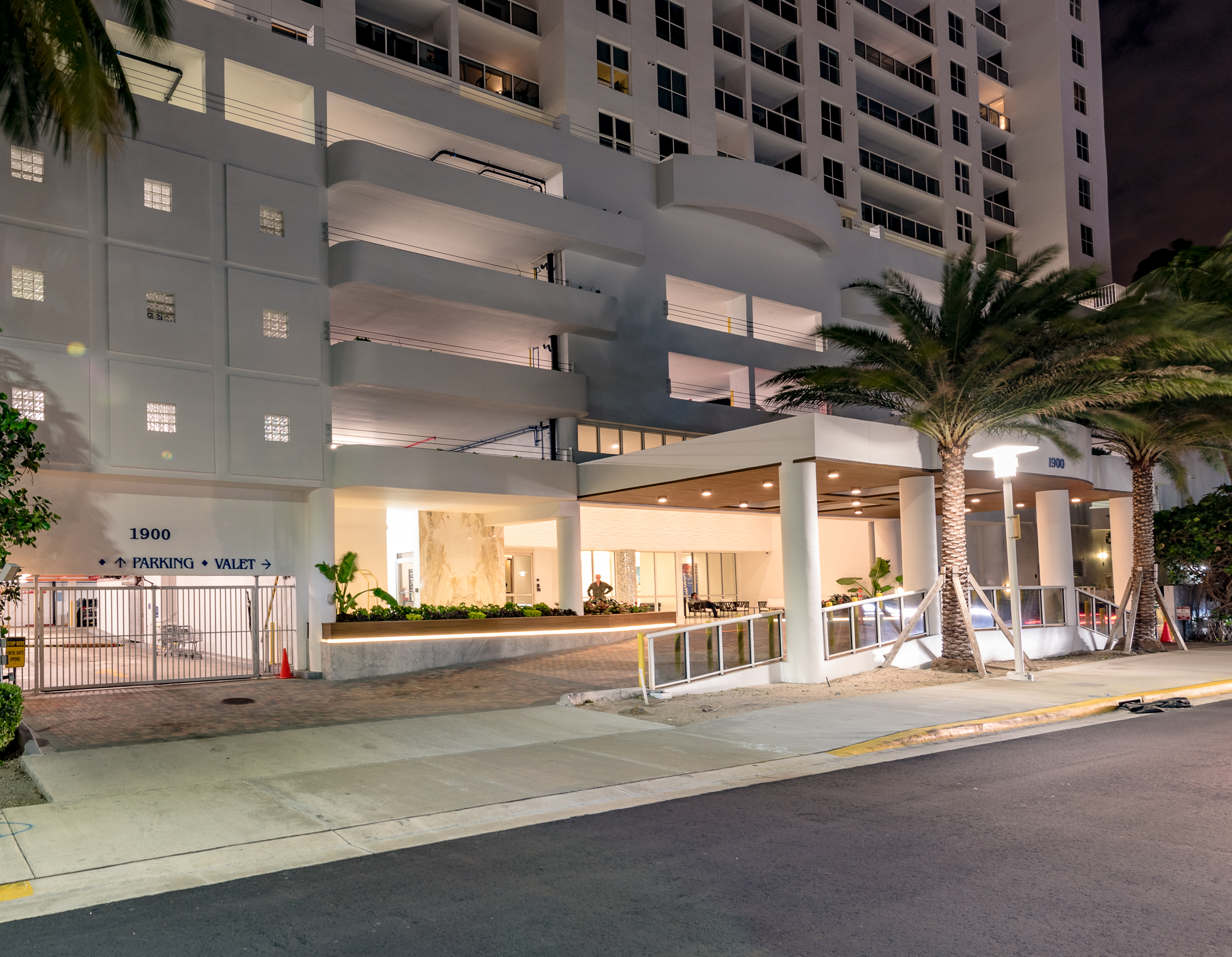 sales property at 1900 Sunset Harbour Dr #2009