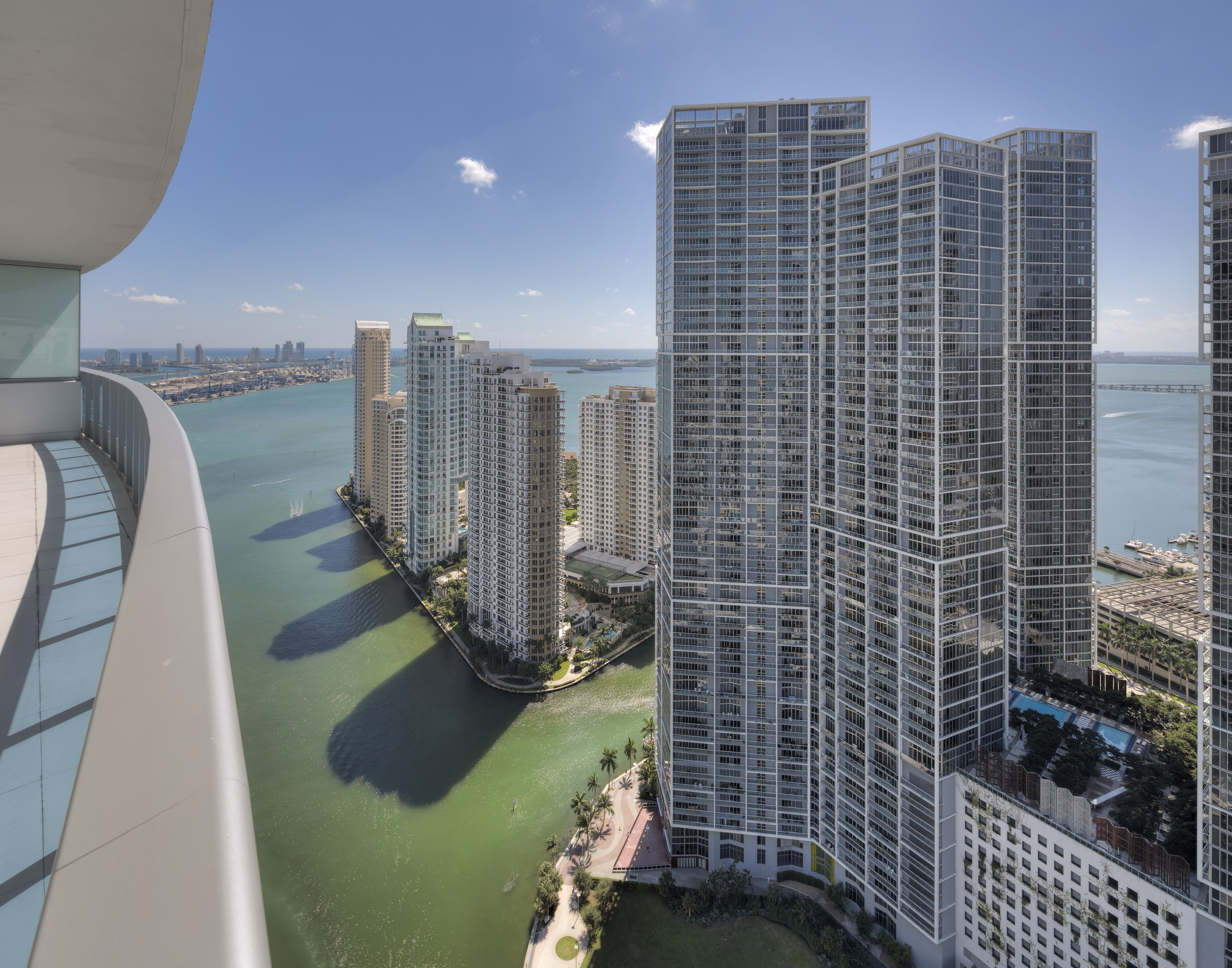 rentals property at 200 Biscayne Blvd Way #4304