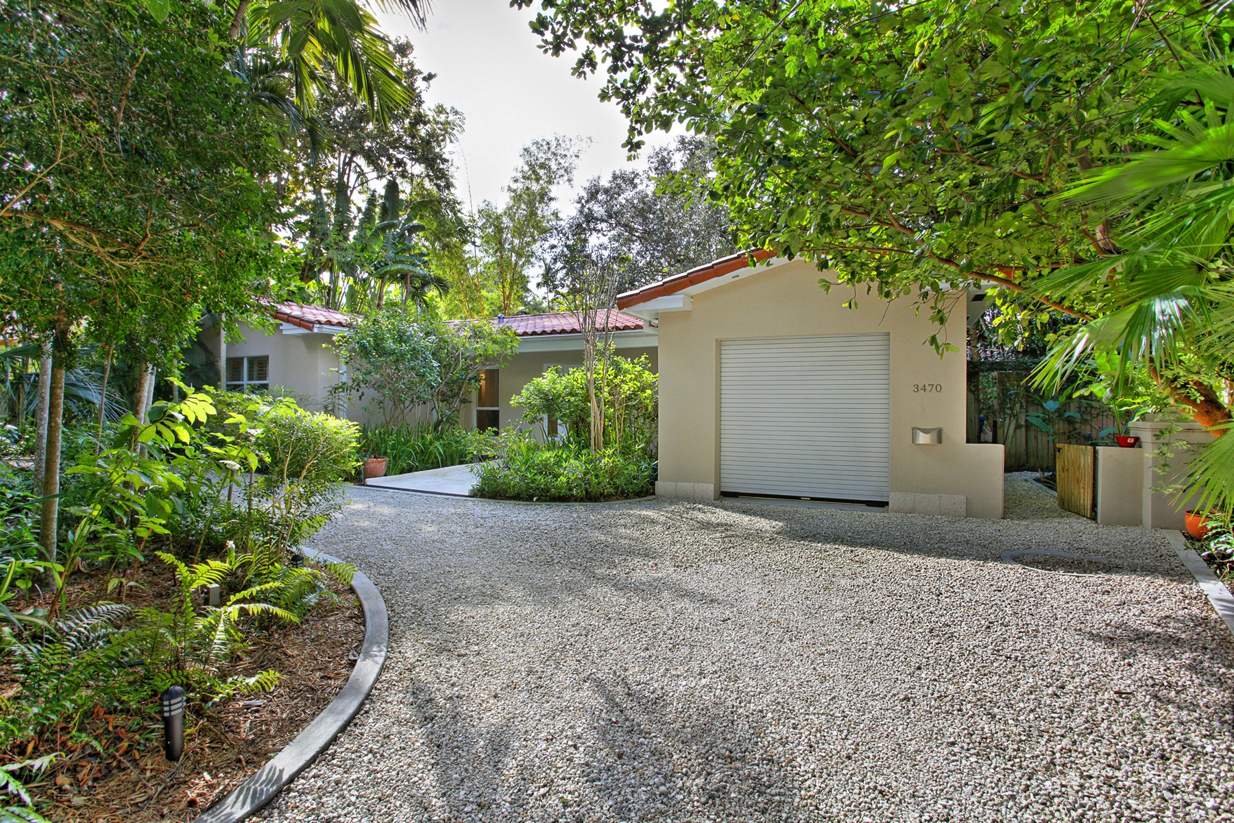 open-houses property at 3470 Poinciana Ave
