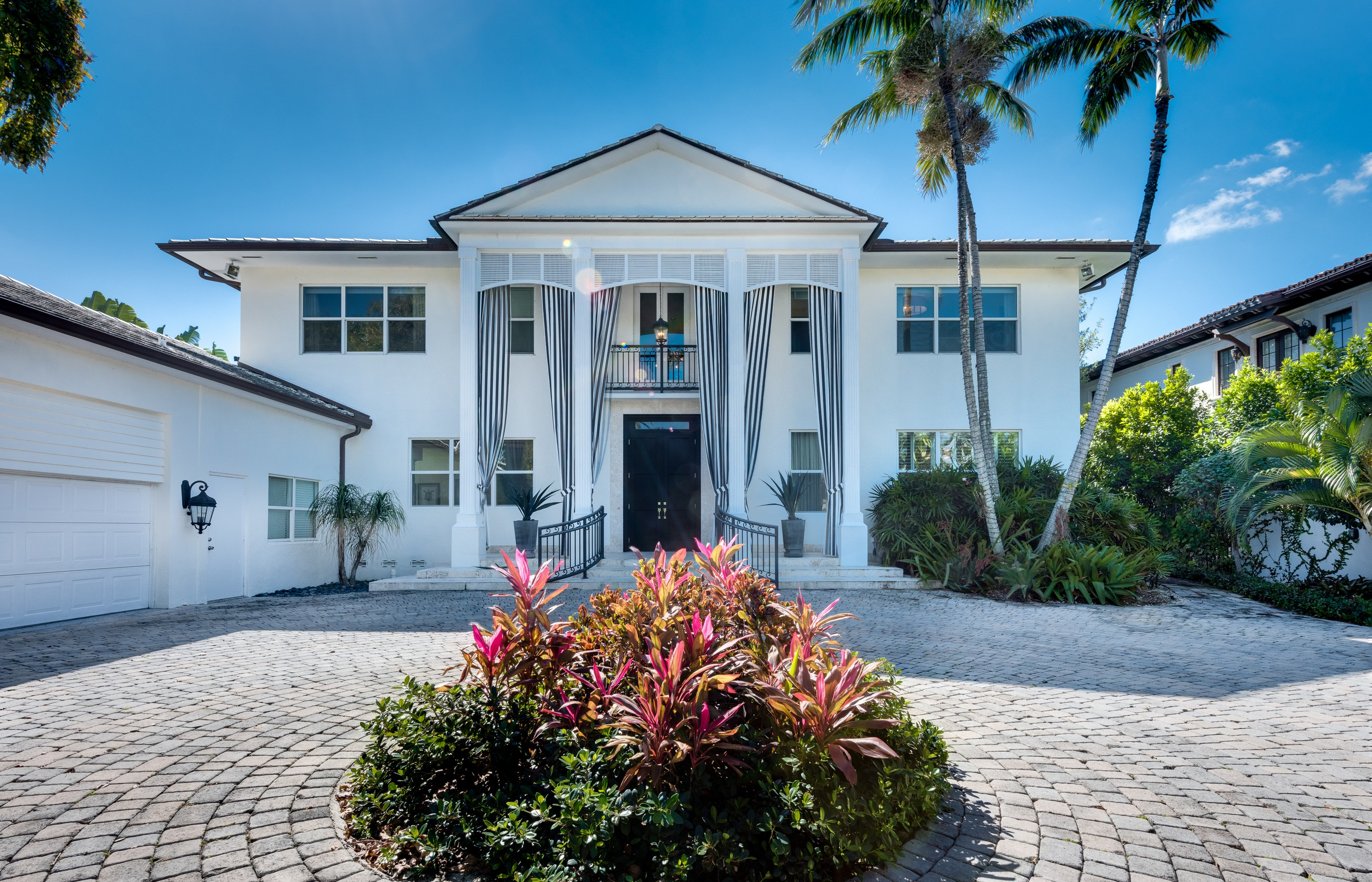Single Family Home for Sale at 1520 SW 28 St 1520 W 28th St Miami Beach, Florida, 33140 United States