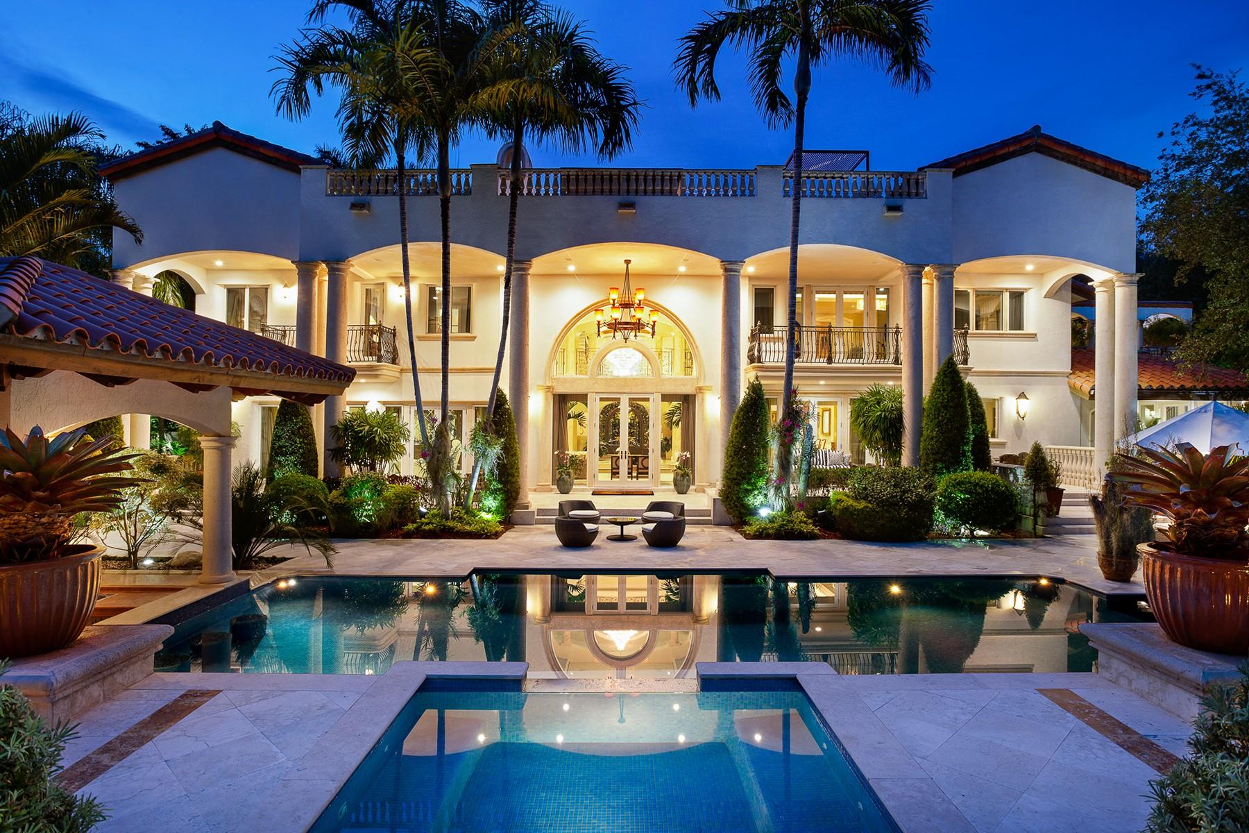 独户住宅 为 销售 在 630 Leucadendra Dr 科勒尔盖布尔斯, 佛罗里达州, 33156 美国