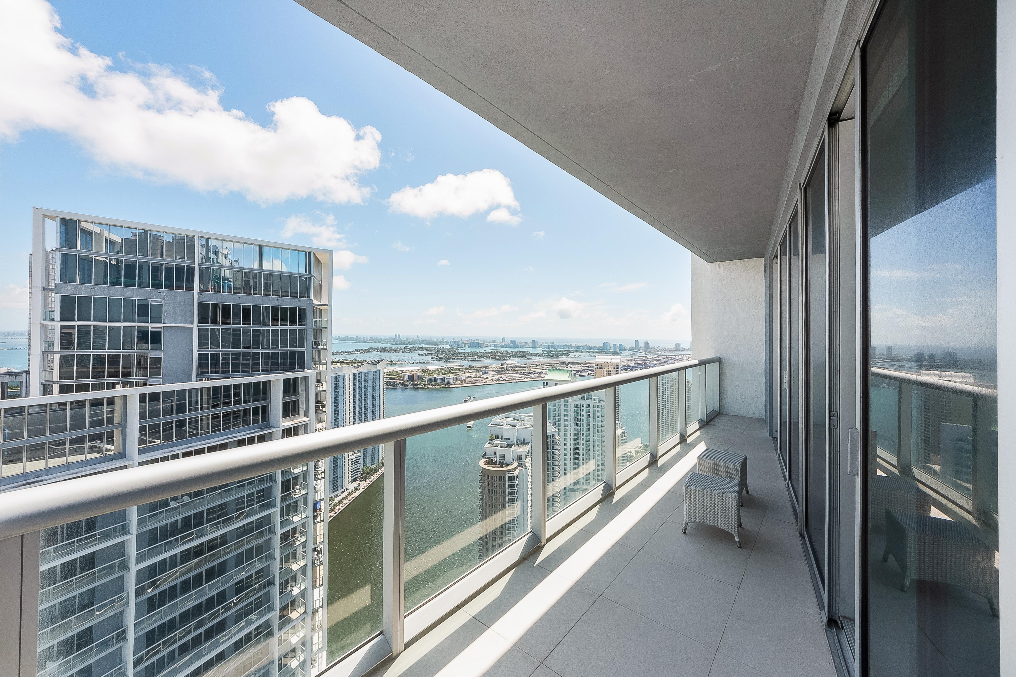 Condominium for Sale at 495 Brickell Ave #Ph5710 495 Brickell Ave PH5710 Miami, Florida, 33131 United States