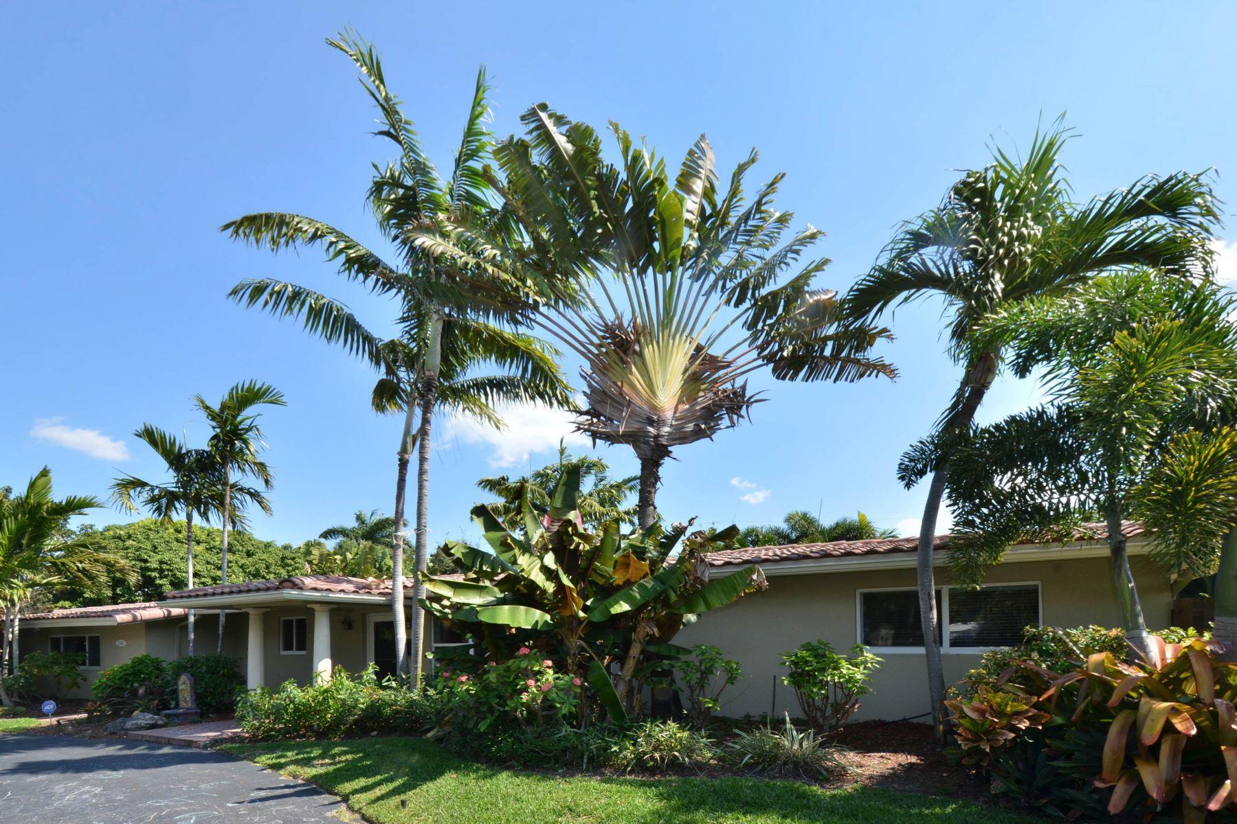 独户住宅 为 出租 在 2448 Ne 27 Terrace 劳德代尔堡, 佛罗里达州 33305 美国