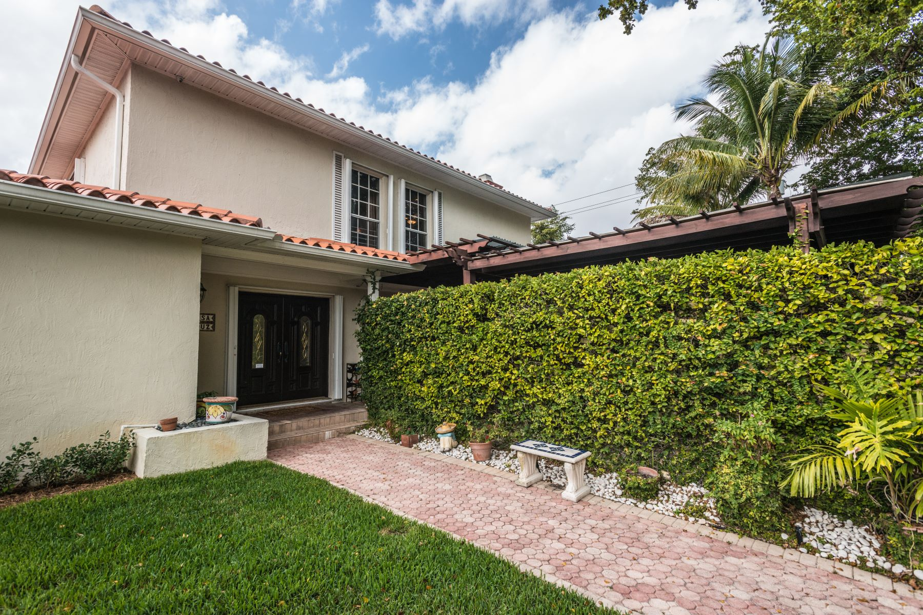 open-houses property at 360 Sw 28th Rd