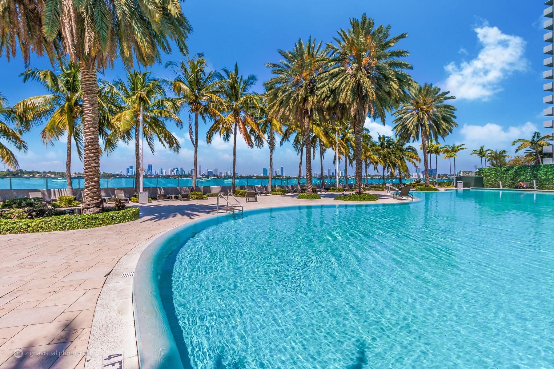 共管式独立产权公寓 为 销售 在 1500 Bay Rd #1570S 1500 Bay Rd 1570S 迈阿密海滩, 佛罗里达州, 33139 美国