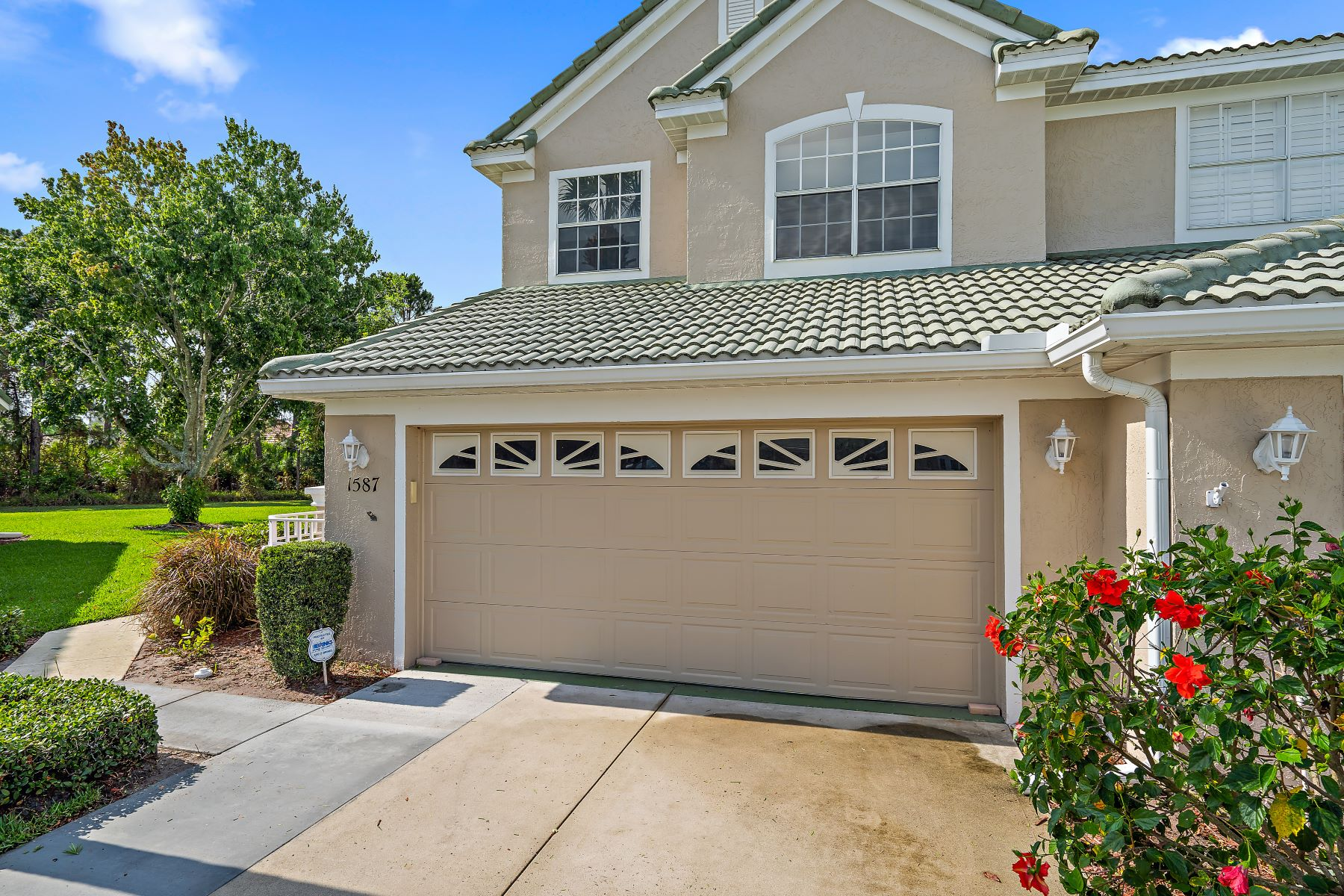 townhouses for Active at 1587 Sw Harbour Isles Cir 55 Port St. Lucie, Florida 34986 United States