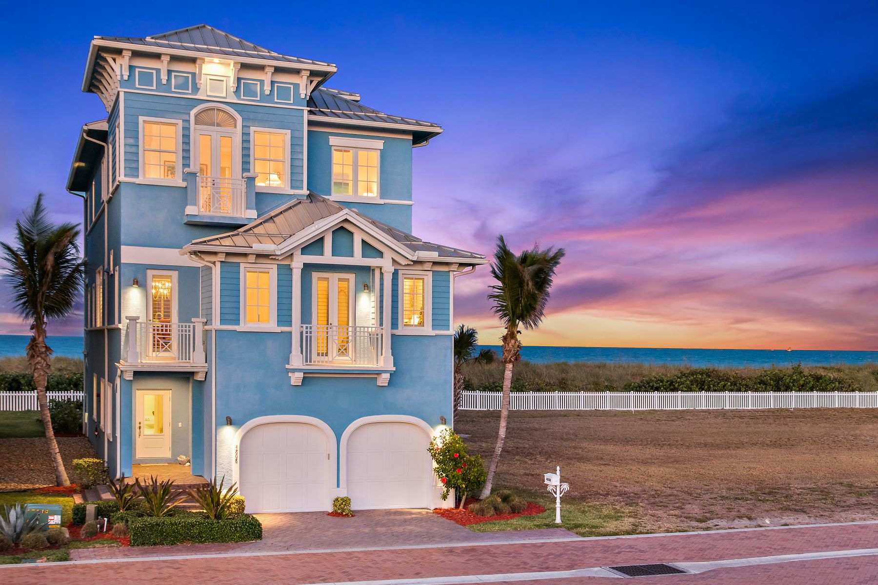 Casa Unifamiliar por un Venta en 4808 Watersong Way 4808 Watersong Way Hutchinson Island, Florida 34949 Estados Unidos