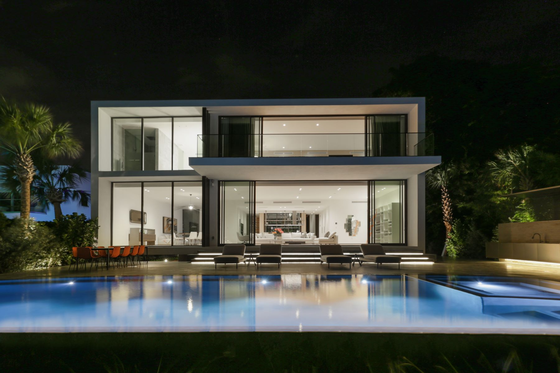 Single Family Homes for Active at 38 S Hibiscus Dr Miami Beach, Florida 33139 United States