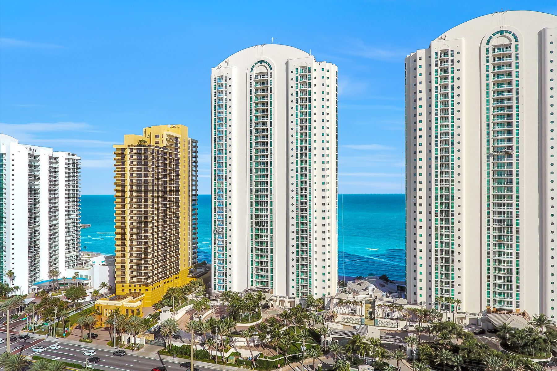 Condominiums for Sale at 16051 Collins Av 2204 Sunny Isles Beach, Florida 33160 United States