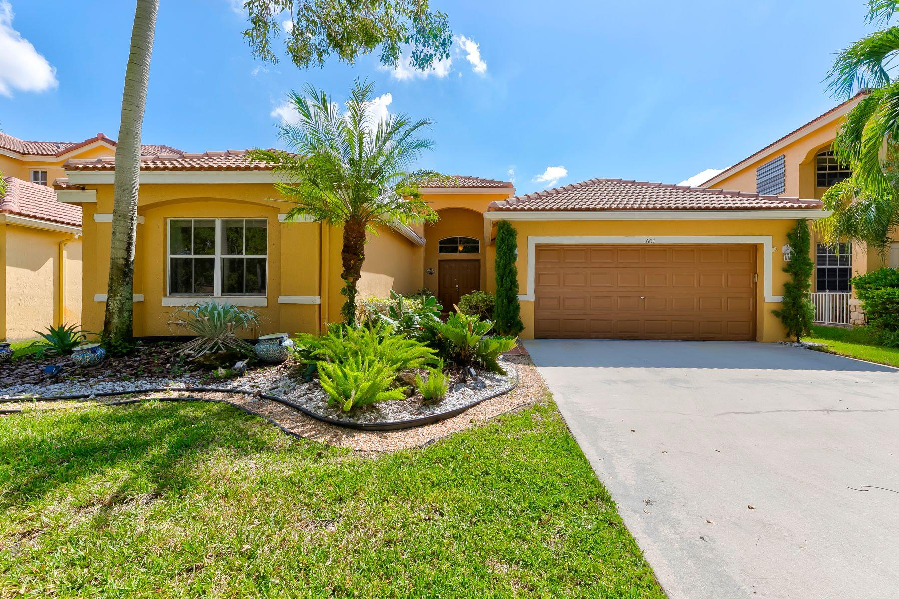 Single Family Homes for Sale at 1604 Sandpiper Circle Weston, Florida 33327 United States