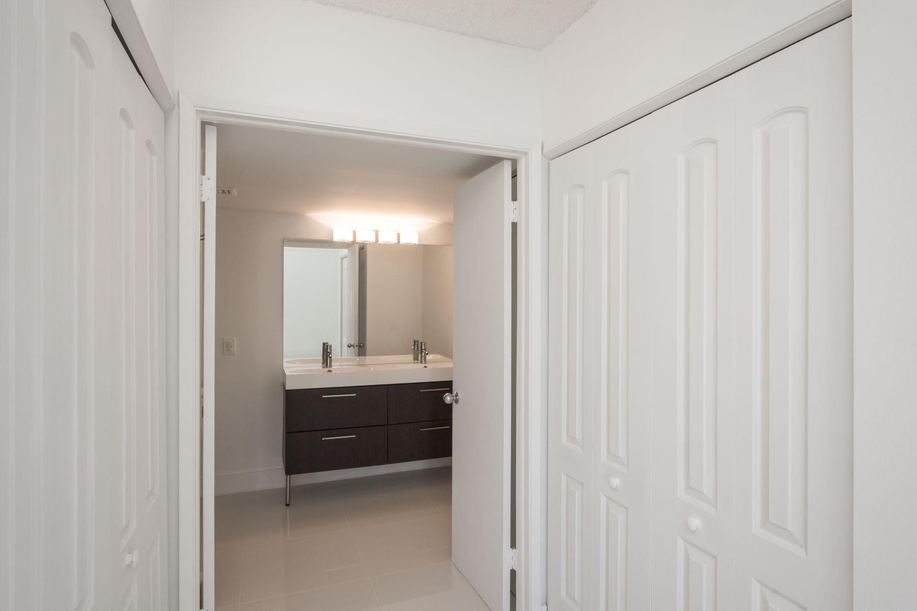 Additional photo for property listing at 3300 Ne 191st St 3300 Ne 191st St 809 Aventura, Florida 33180 United States