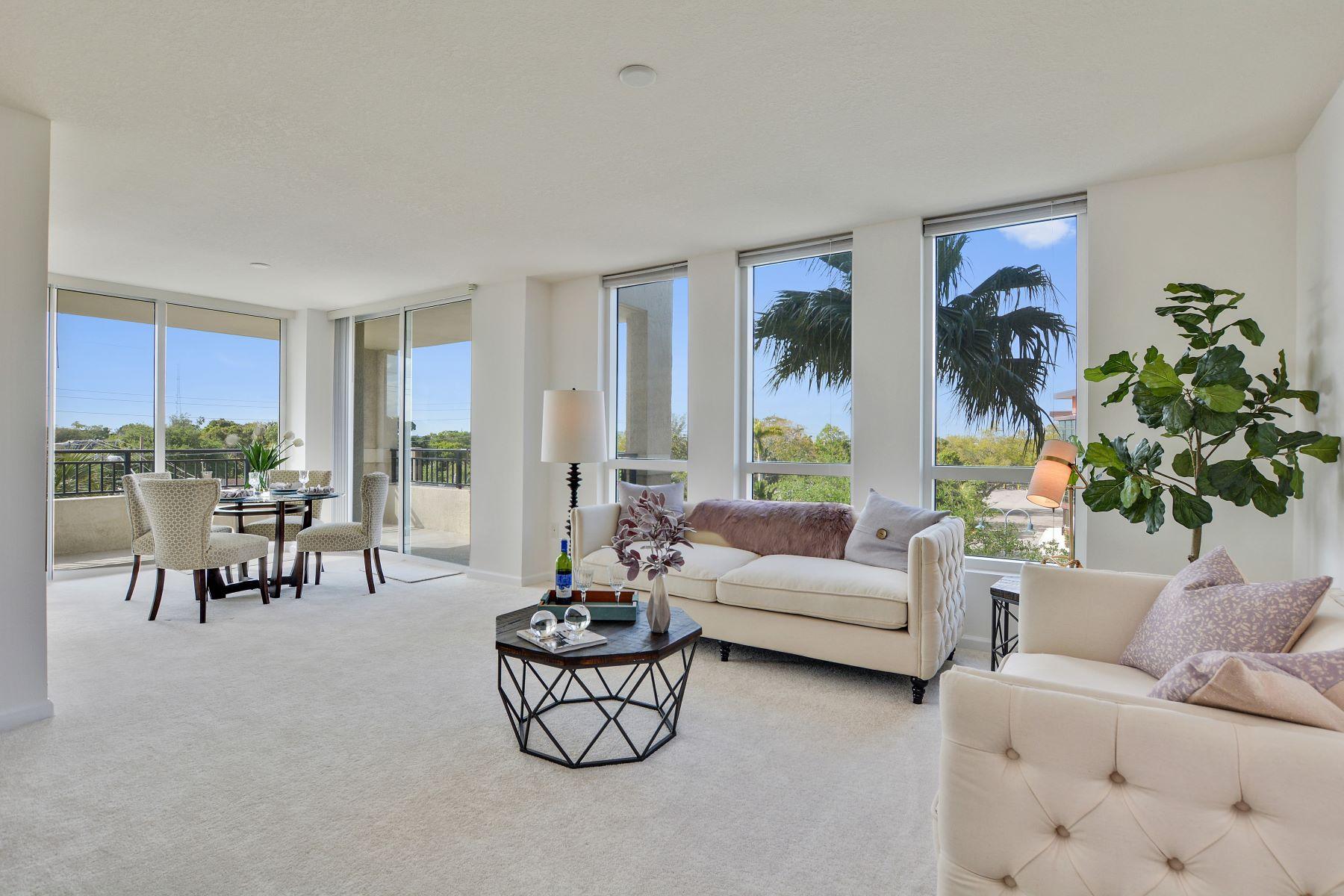 独户住宅 为 销售 在 610 W Las Olas Blvd 610 W Las Olas Blvd 313, 劳德代尔堡, 佛罗里达州, 33312 美国