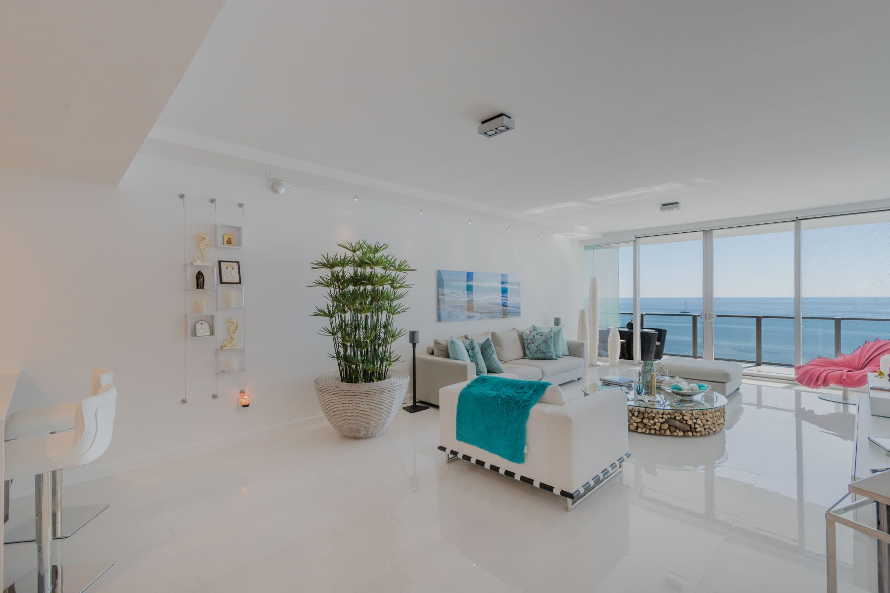Condominiums for Sale at 360 Ocean Dr 1206S, Key Biscayne, Florida 33149 United States
