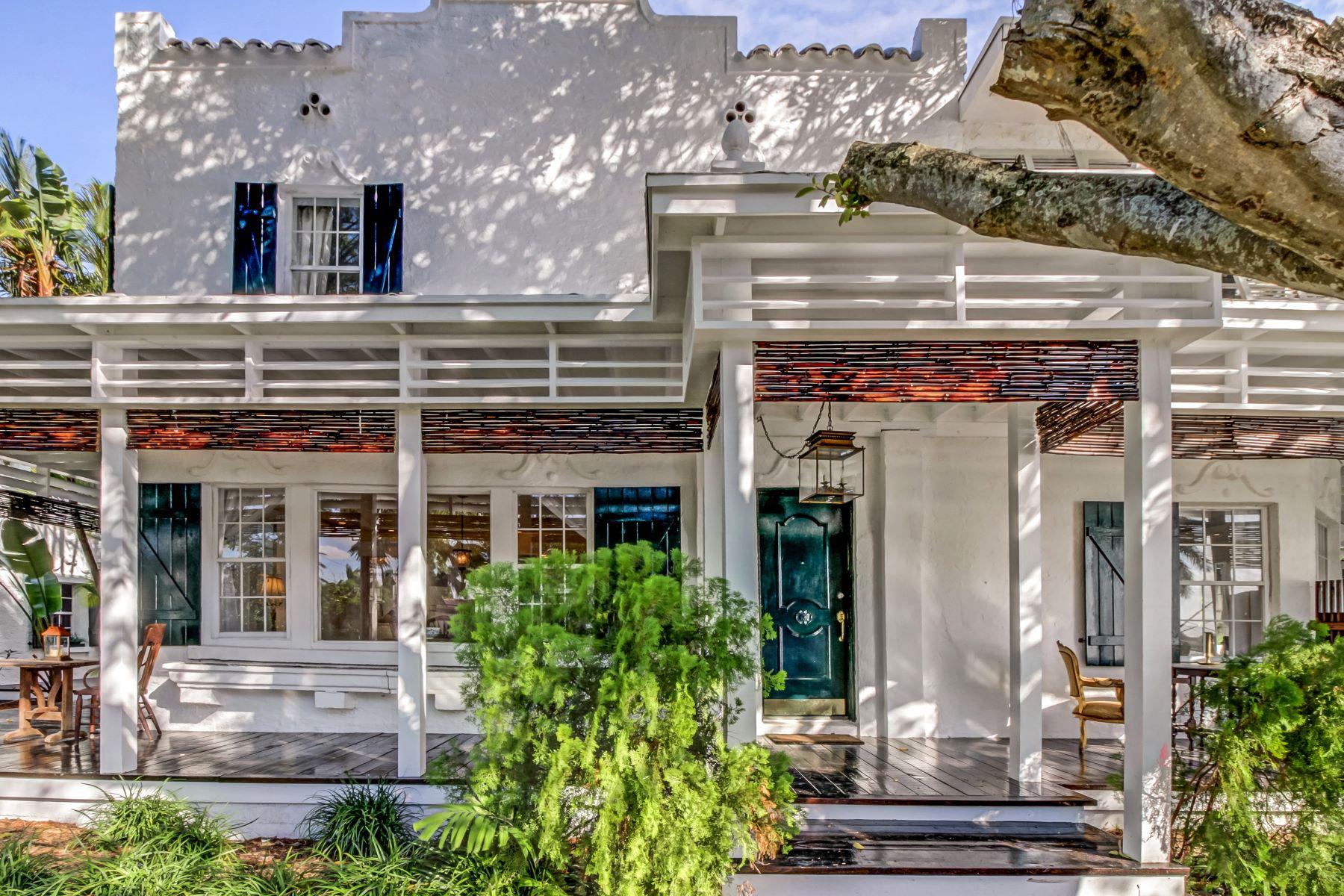 Einfamilienhaus für Verkauf beim 1116 88th St Surfside, Florida, 33154 Vereinigte Staaten