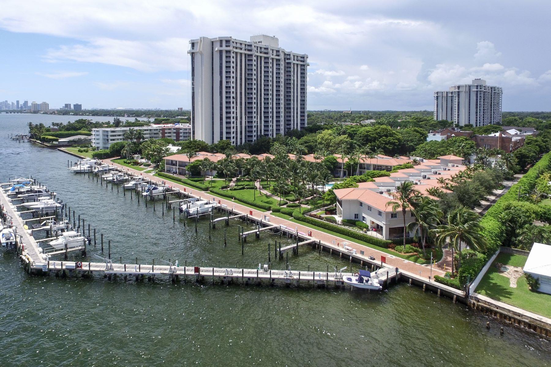 Appartement pour l Vente à 4000 Towerside Ter #1402/1 4000 Towerside Ter 1402/1 Miami, Florida, 33138 États-Unis