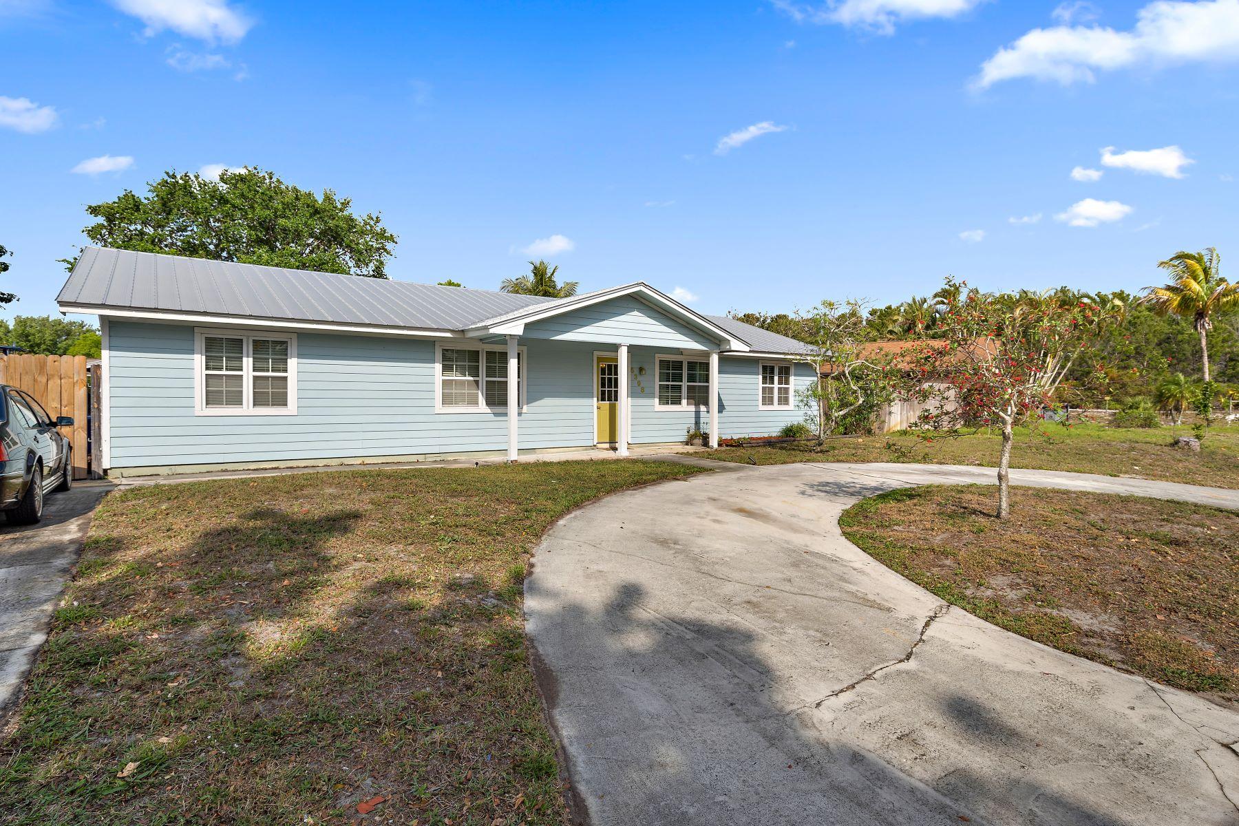 Single Family Home for Sale at 5398 Se 51st Drive Stuart, Florida 34997 United States
