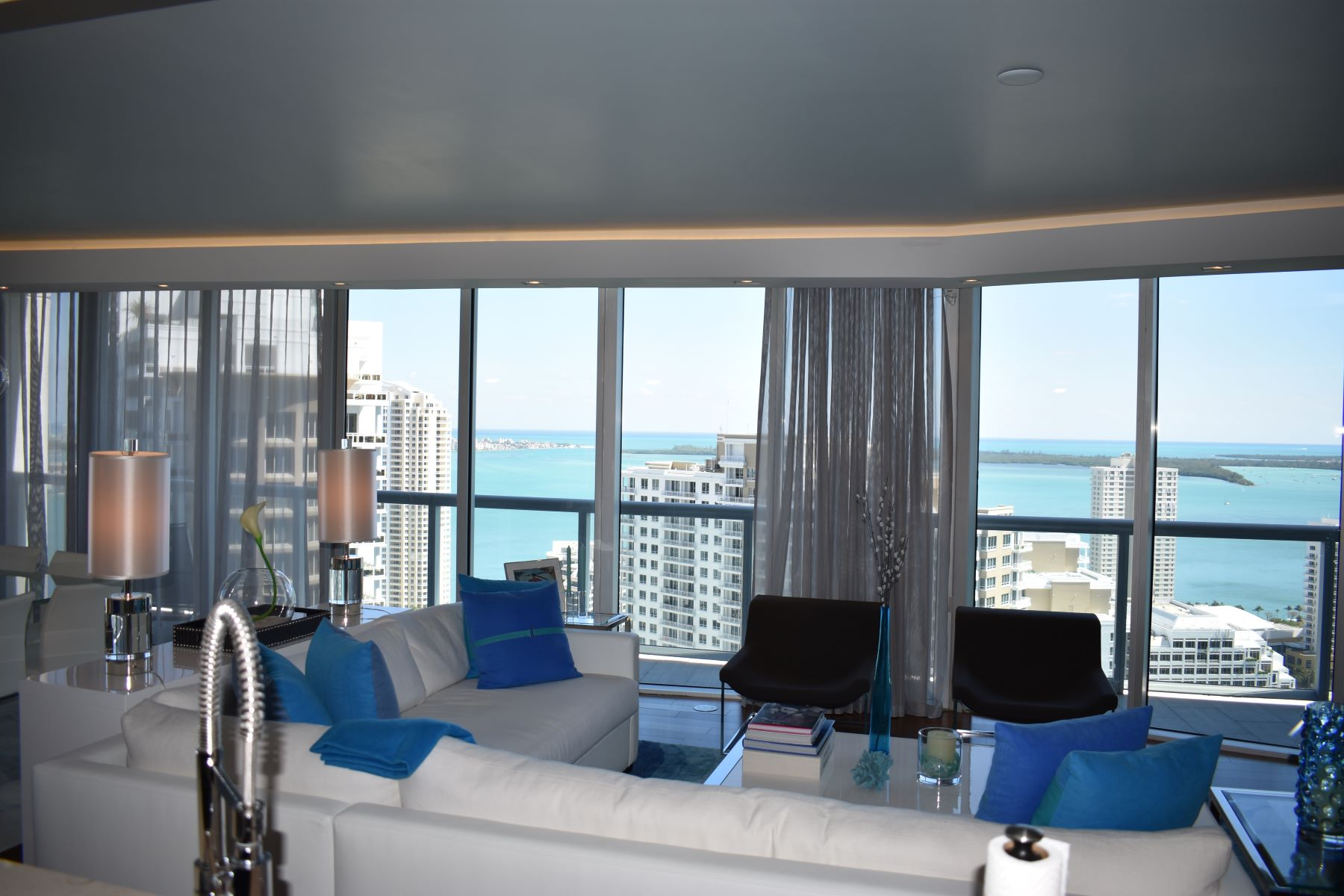 Condominium for Sale at 465 Brickell Ave #3401 465 Brickell Ave 3401, Miami, Florida, 33131 United States