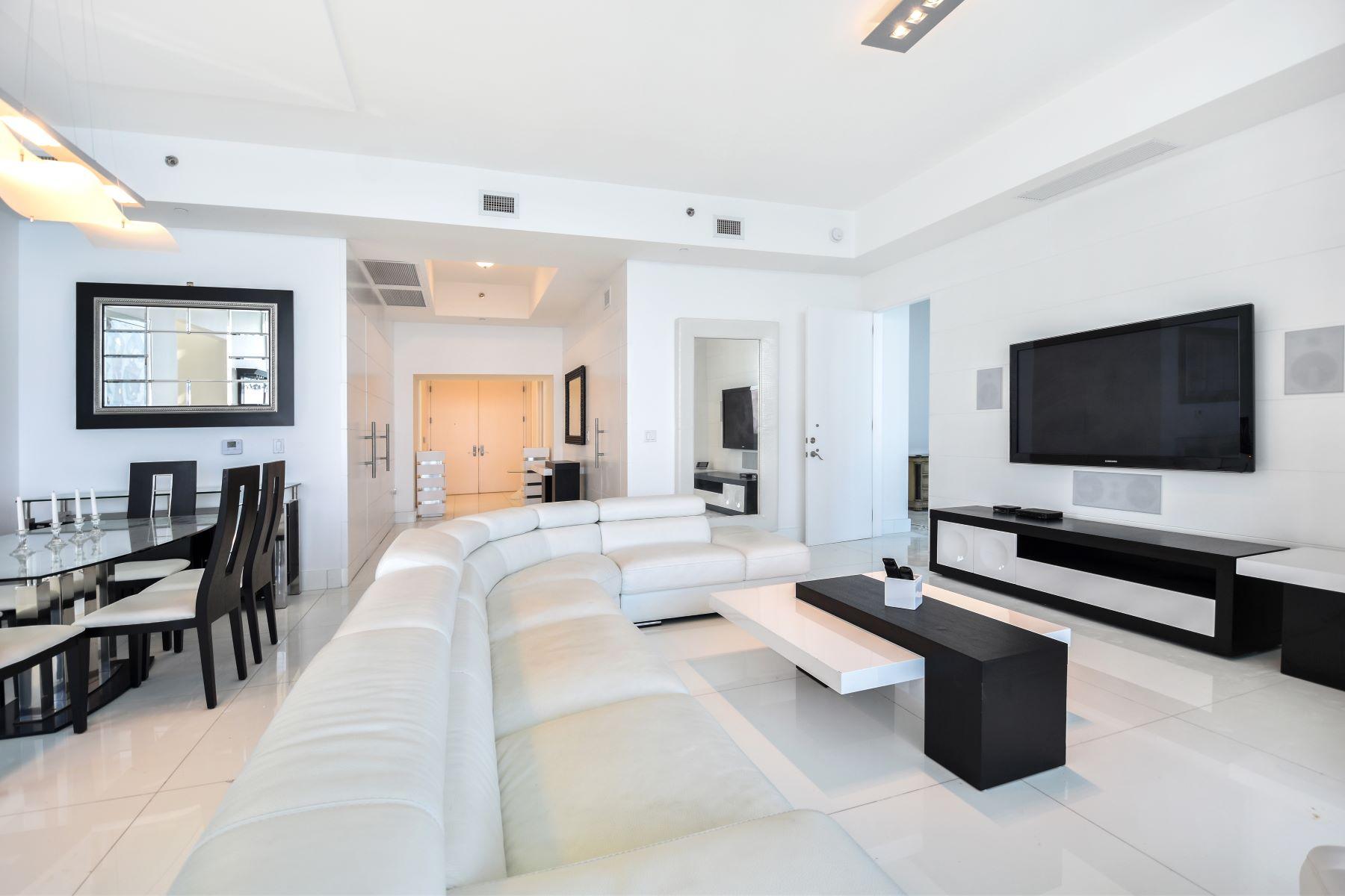 共管式独立产权公寓 为 出租 在 16001 Collins Ave 16001 Collins Ave 3501 阳光岛海岸, 佛罗里达州 33160 美国