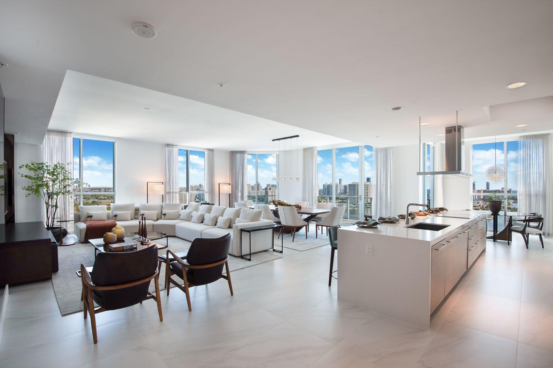 Condominiums für Verkauf beim 17111 Biscayne Blvd PH-7, North Miami Beach, Florida 33160 Vereinigte Staaten