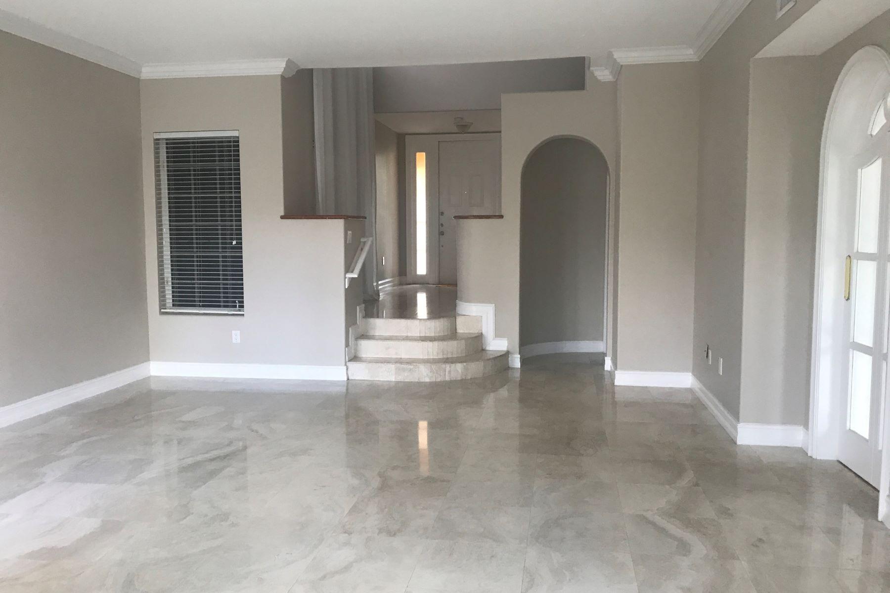 Maison unifamiliale pour l à louer à 20920 Ne 30th Pl 20920 Ne 30th Pl Aventura, Florida 33180 États-Unis