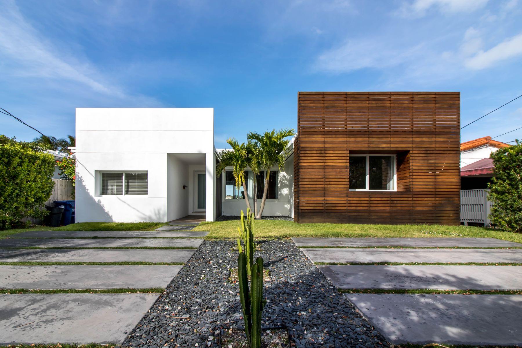 一戸建て のために 売買 アット 1281 Stillwater Dr Miami Beach, フロリダ, 33141 アメリカ合衆国
