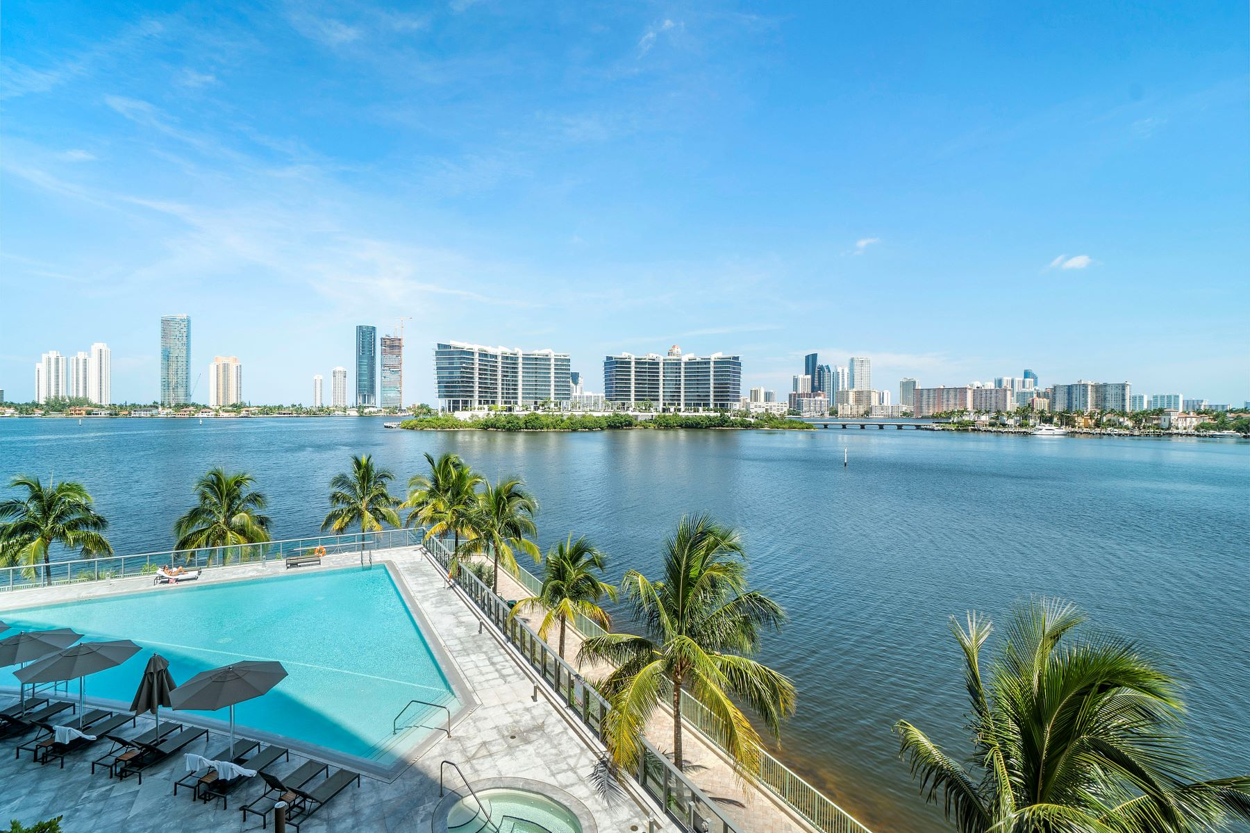 Condominiums for Sale at 3300 Ne 188th St 314, Aventura, Florida 33180 United States