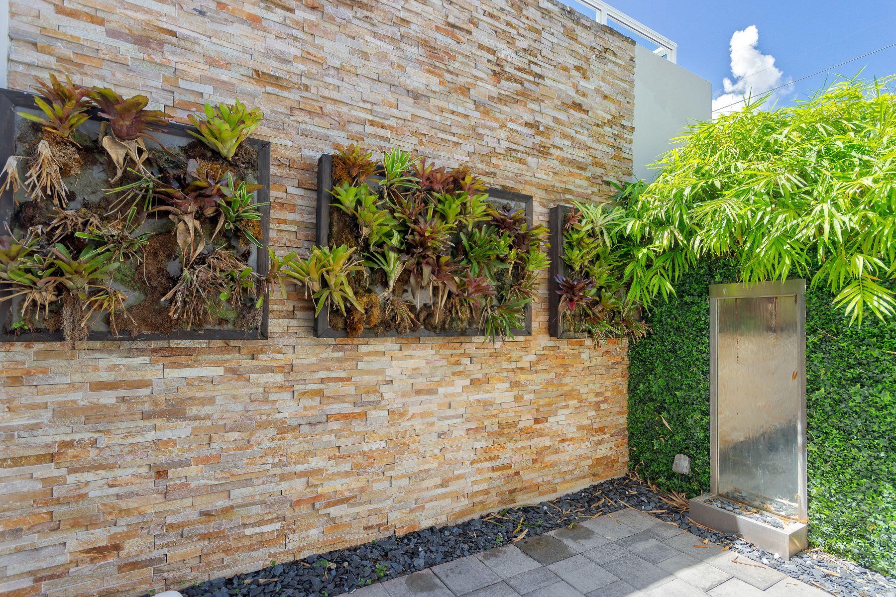 townhouses için Satış at 6434 Nw 105th Pl 6434, Doral, Florida 33178 Amerika Birleşik Devletleri