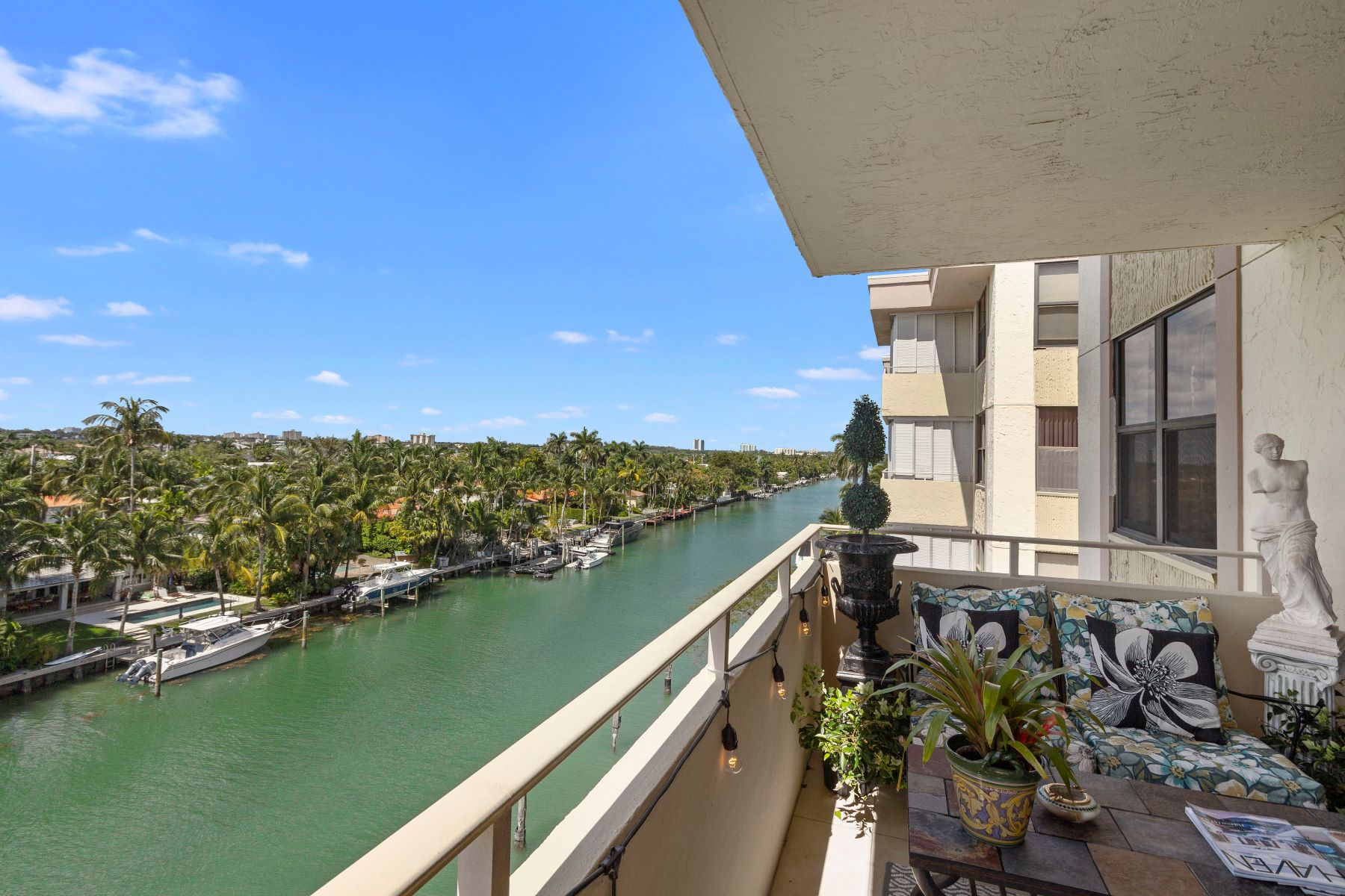Condominiums for Sale at 9660 W Bay Harbor Dr 6C Bay Harbor Islands, Florida 33154 United States