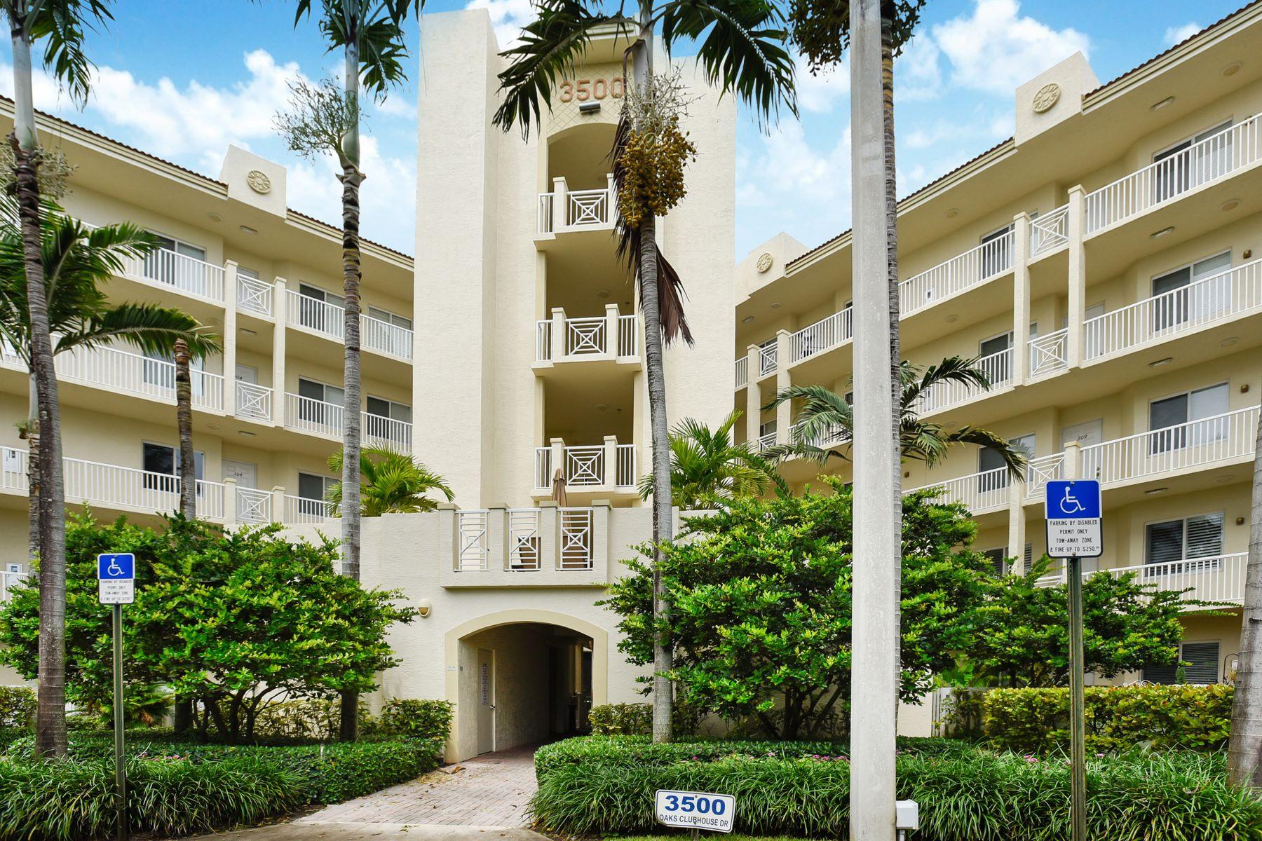Andelslägenhet för Försäljning vid 3500 Oaks Clubhouse Dr 3500 Oaks Clubhouse Dr 506 Pompano Beach, Florida 33069 Usa