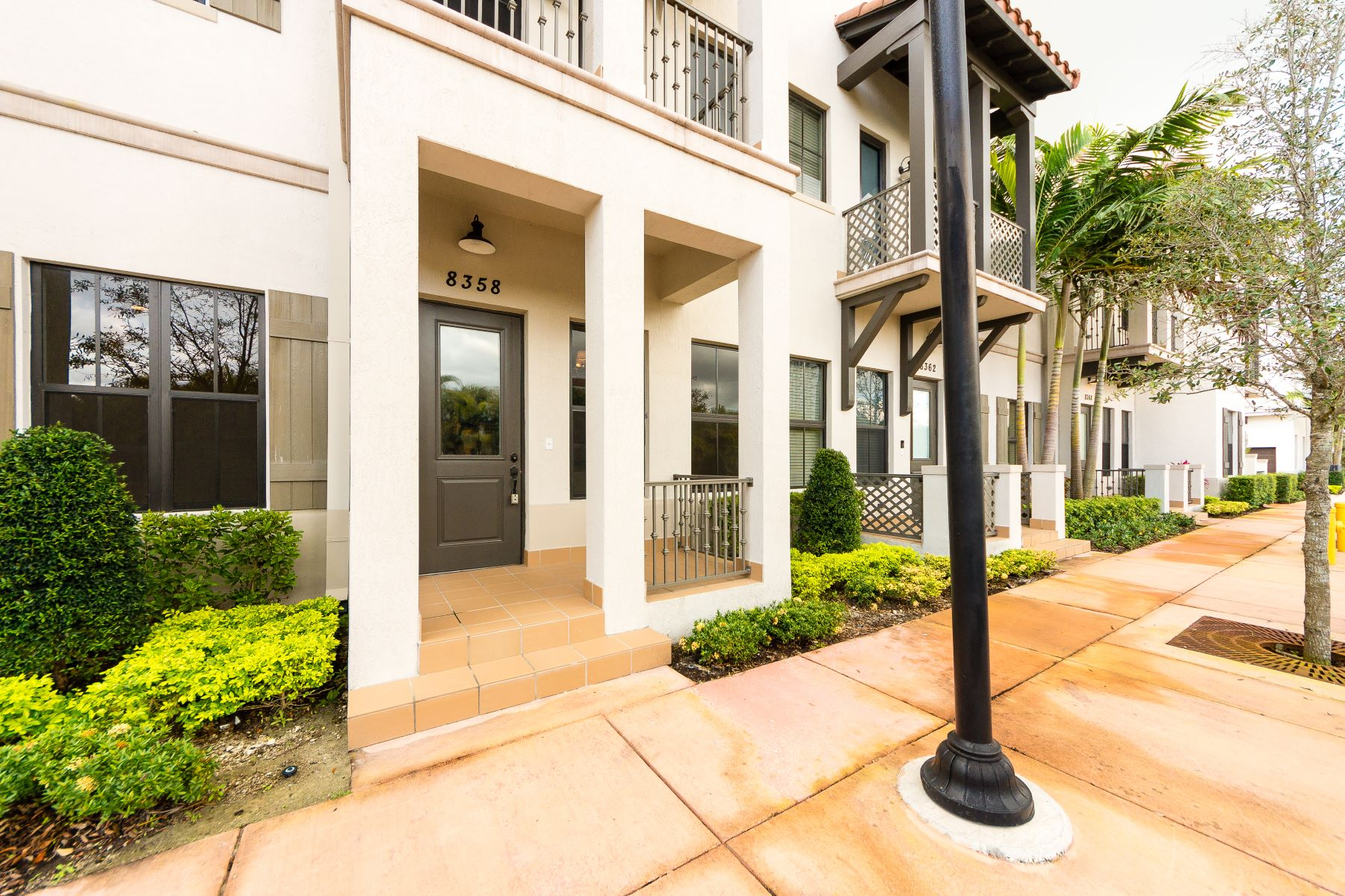 Townhouse for Sale at 8358 Nw 52nd Ter #8358 8358 Nw 52nd Ter 8358 Doral, Florida 33166 United States