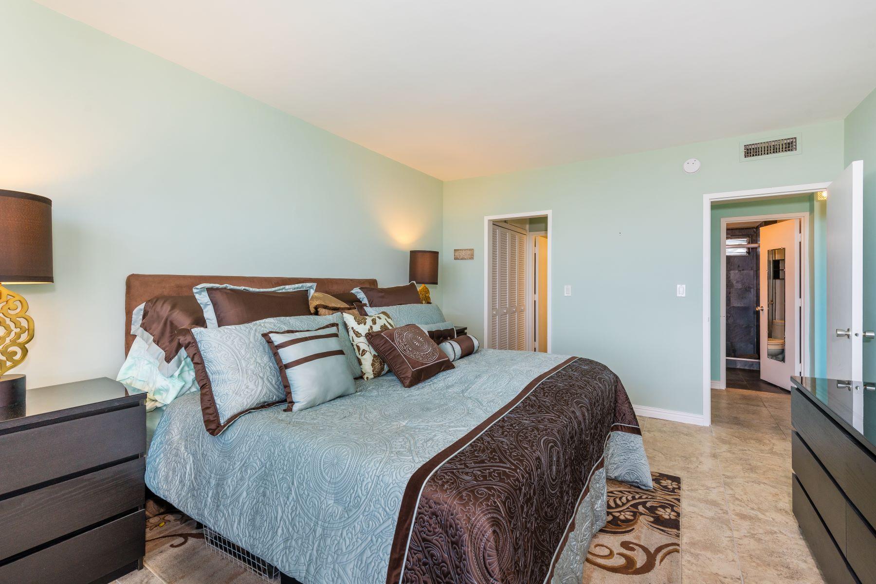 Condominiums for Active at 9101 E Bay Harbor Dr #805 9101 E Bay Harbor Dr 805 Bay Harbor Islands, Florida 33154 United States
