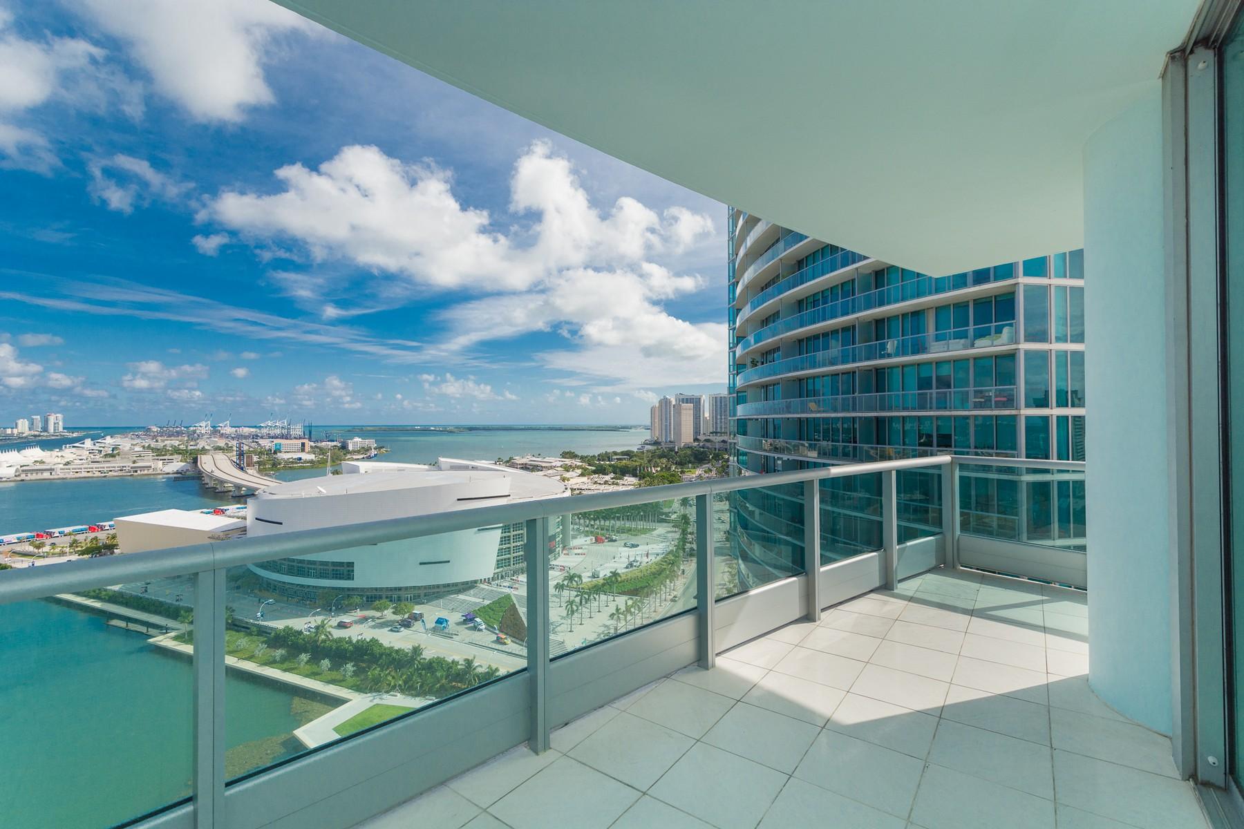 Copropriété pour l Vente à 900 Biscayne Blvd #2501 900 Biscayne Bl 2501 Miami, Florida, 33132 États-Unis