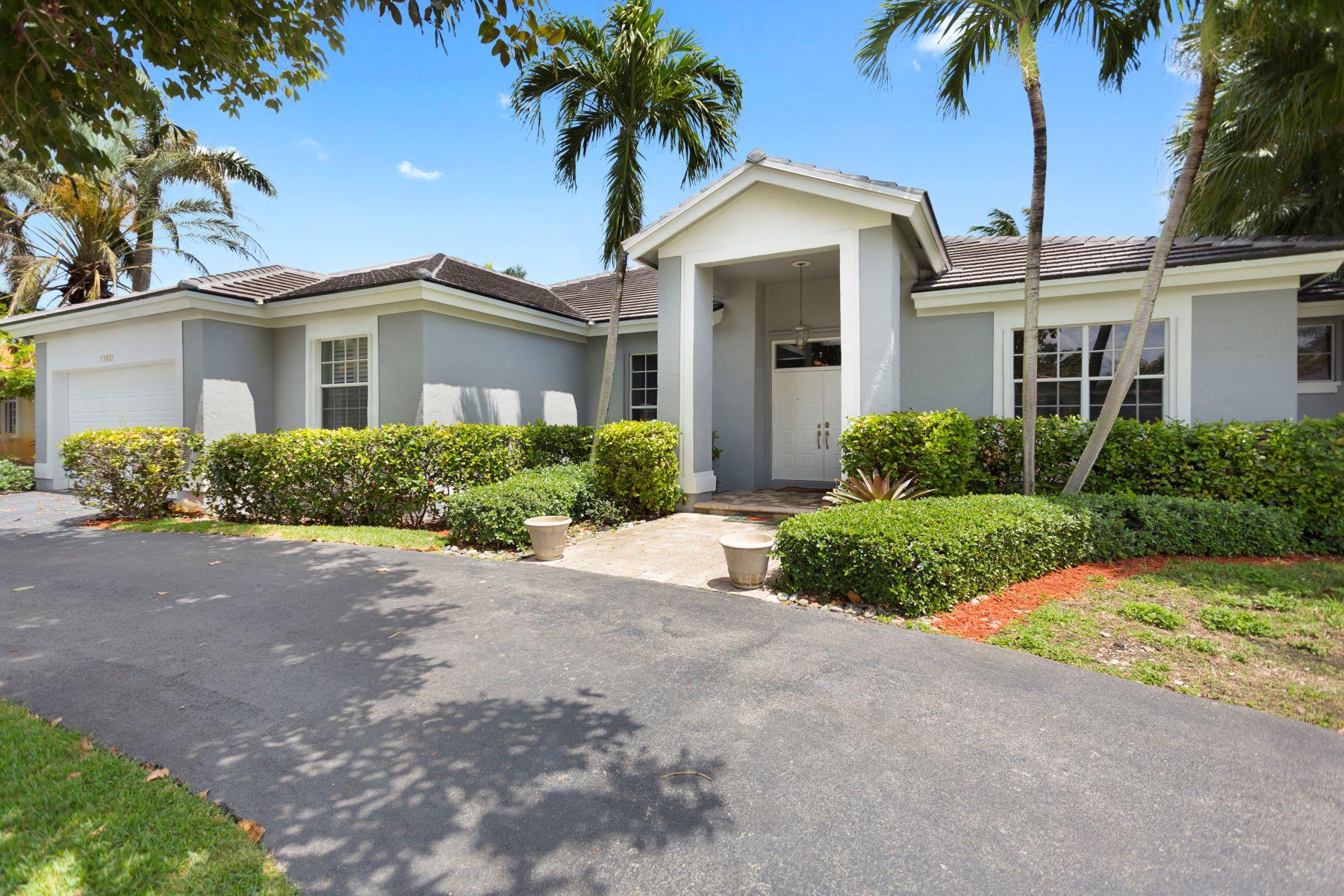 Частный односемейный дом для того Продажа на 17651 Sw 81st Ct Palmetto Bay, Флорида, 33157 Соединенные Штаты