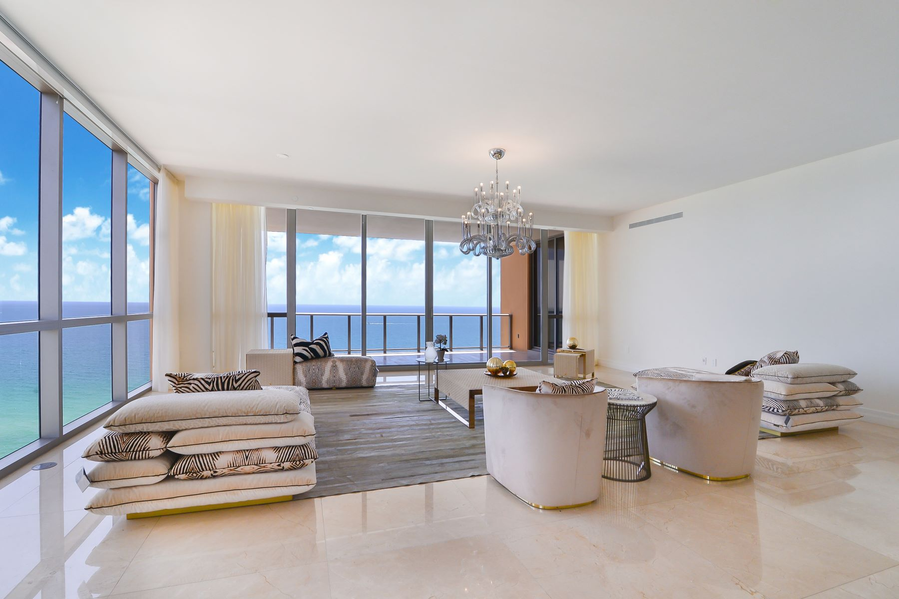 Condominiums for Sale at 17749 Collins Ave 1601 Sunny Isles Beach, Florida 33160 United States