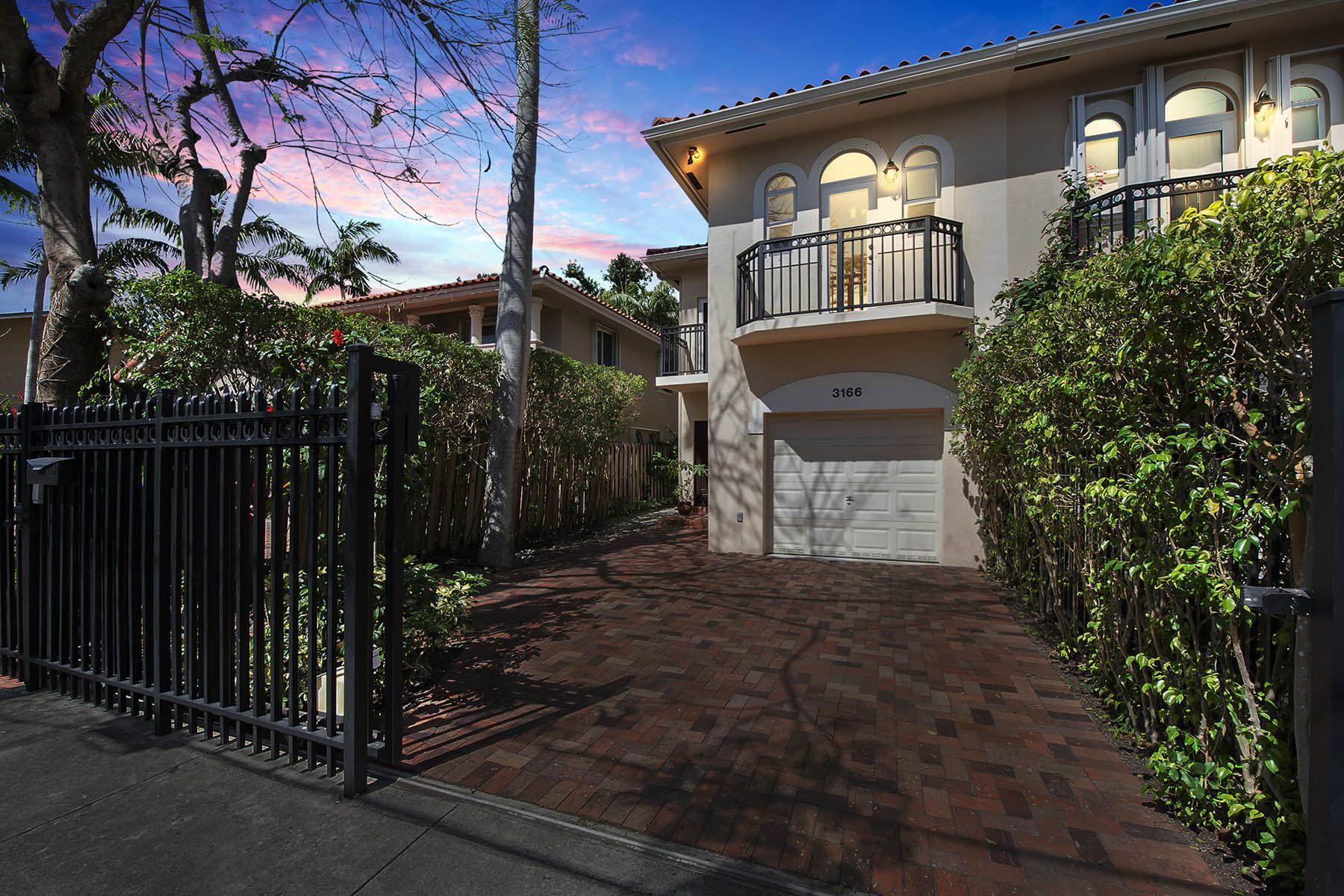 Townhouse for Sale at 3166 Indiana Street Miami, Florida, 33133 United States