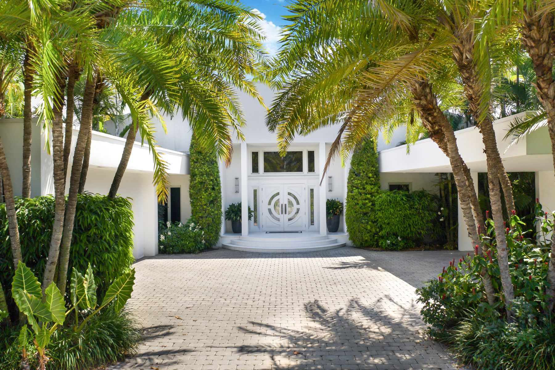 Single Family Homes for Sale at Key Biscayne, Florida 33149 United States