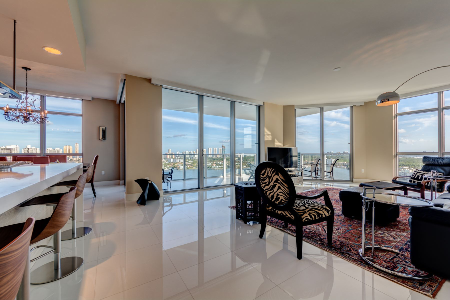 Condominiums for Sale at 17301 Biscayne Blvd 2309, Aventura, Florida 33160 United States