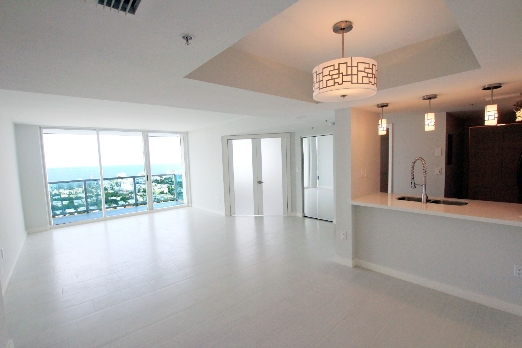 Condominium for Sale at 650 West Ave 650 West Ave 2906, Miami Beach, Florida, 33139 United States