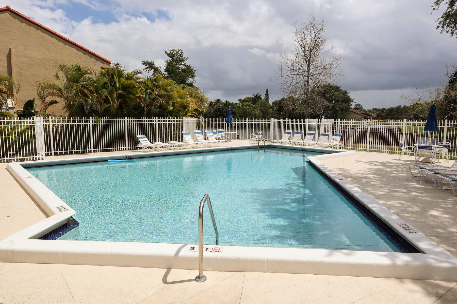 townhouses for Active at 7874 Nw 7th Ct Plantation, Florida 33324 United States