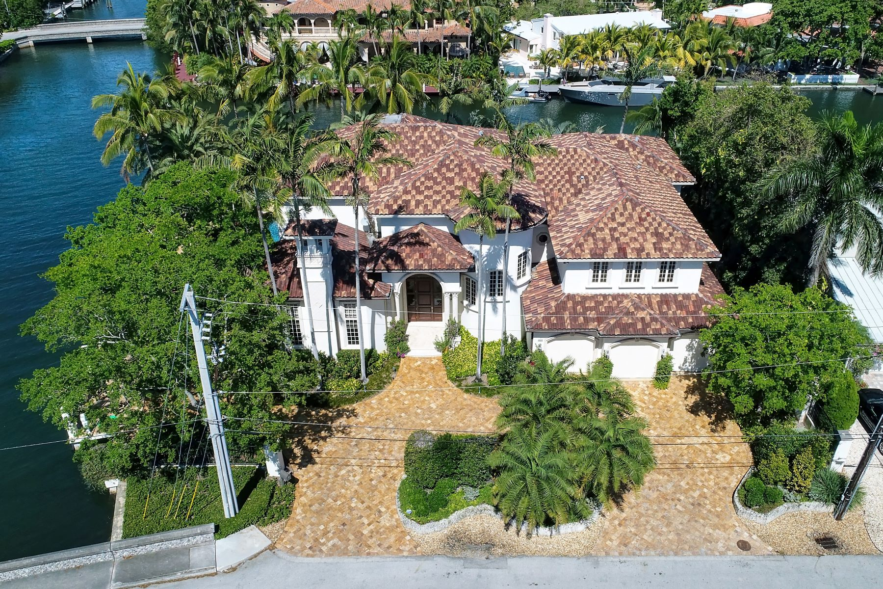 Single Family Home for Sale at 1601 Se 8 St 1601 Se 8 St Fort Lauderdale, Florida 33316 United States