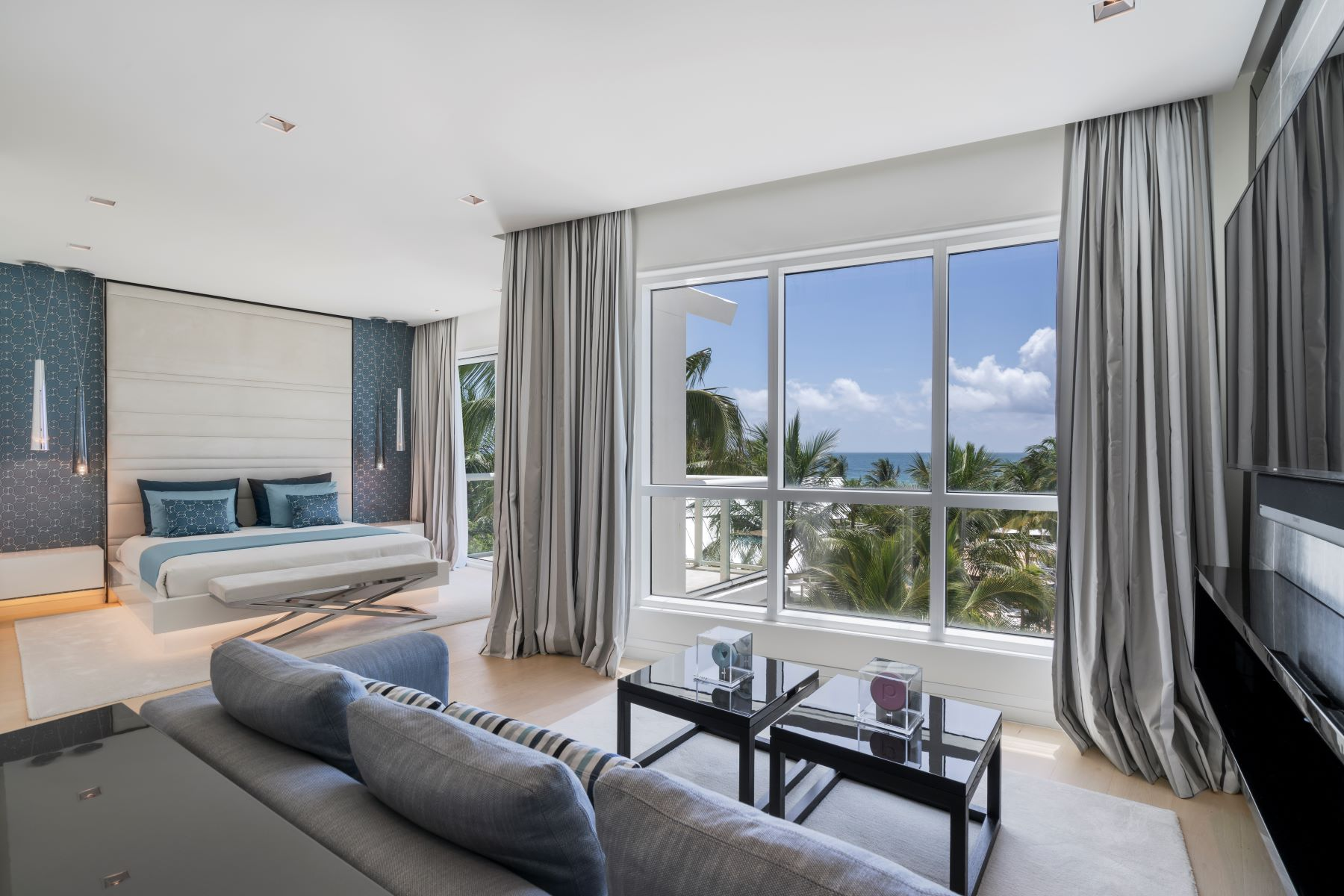 Condominiums for Active at 50 S Pointe Dr TWN7 Miami Beach, Florida 33139 United States