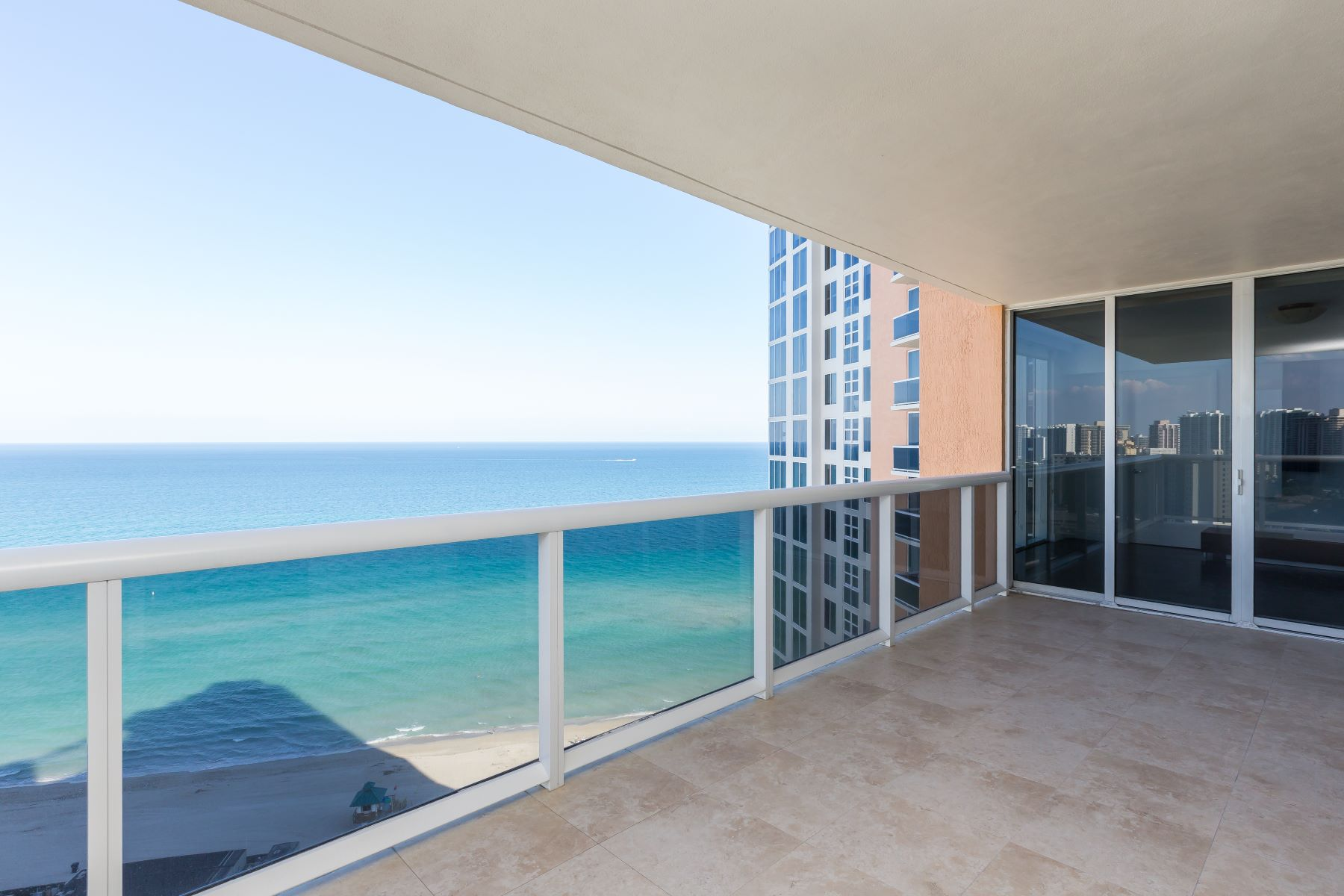 Condominium for Sale at 18911 Collins Ave #2207 18911Collins Ave 2207 Sunny Isles Beach, Florida, 33160 United States