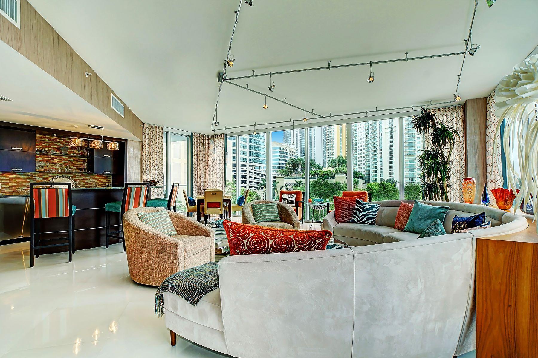 Condominio per Vendita alle ore 333 Las Olas Way 333 Las Olas Way 510, Fort Lauderdale, Florida, 33301 Stati Uniti