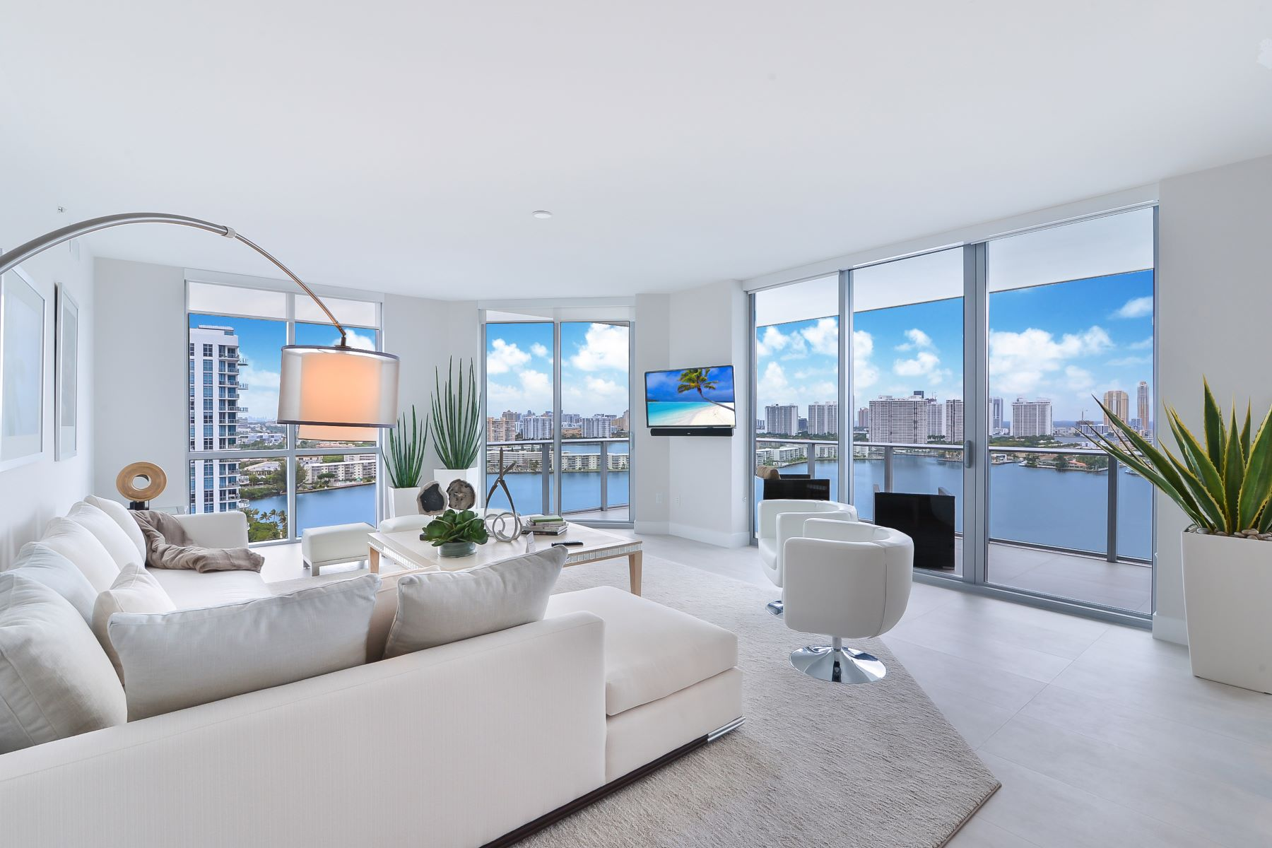 Condominiums for Sale at 17111 Biscayne Blvd 2009 North Miami Beach, Florida 33160 United States