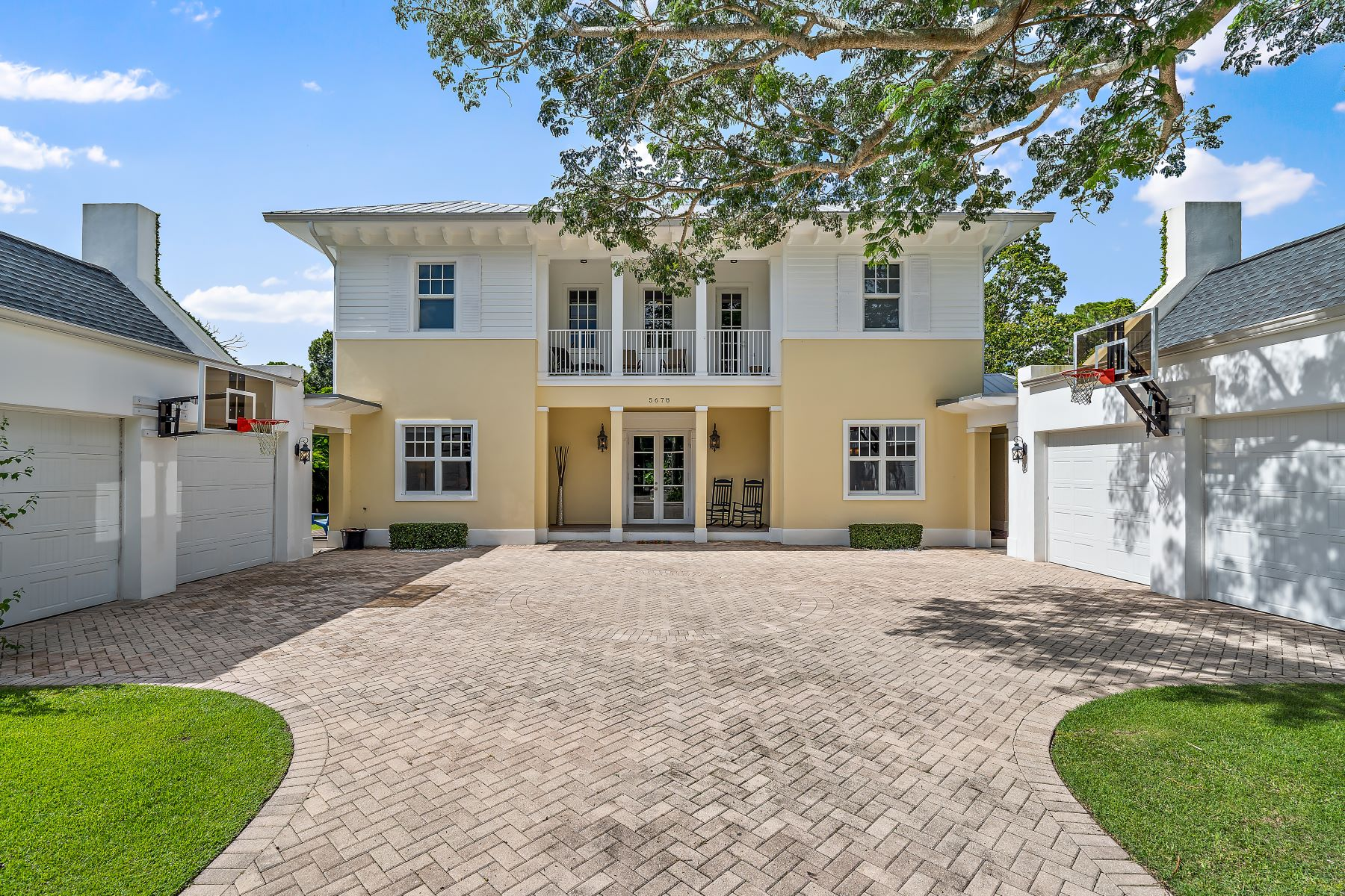 Single Family Homes for Active at 5678 Pennock Point Road Jupiter, Florida 33458 United States